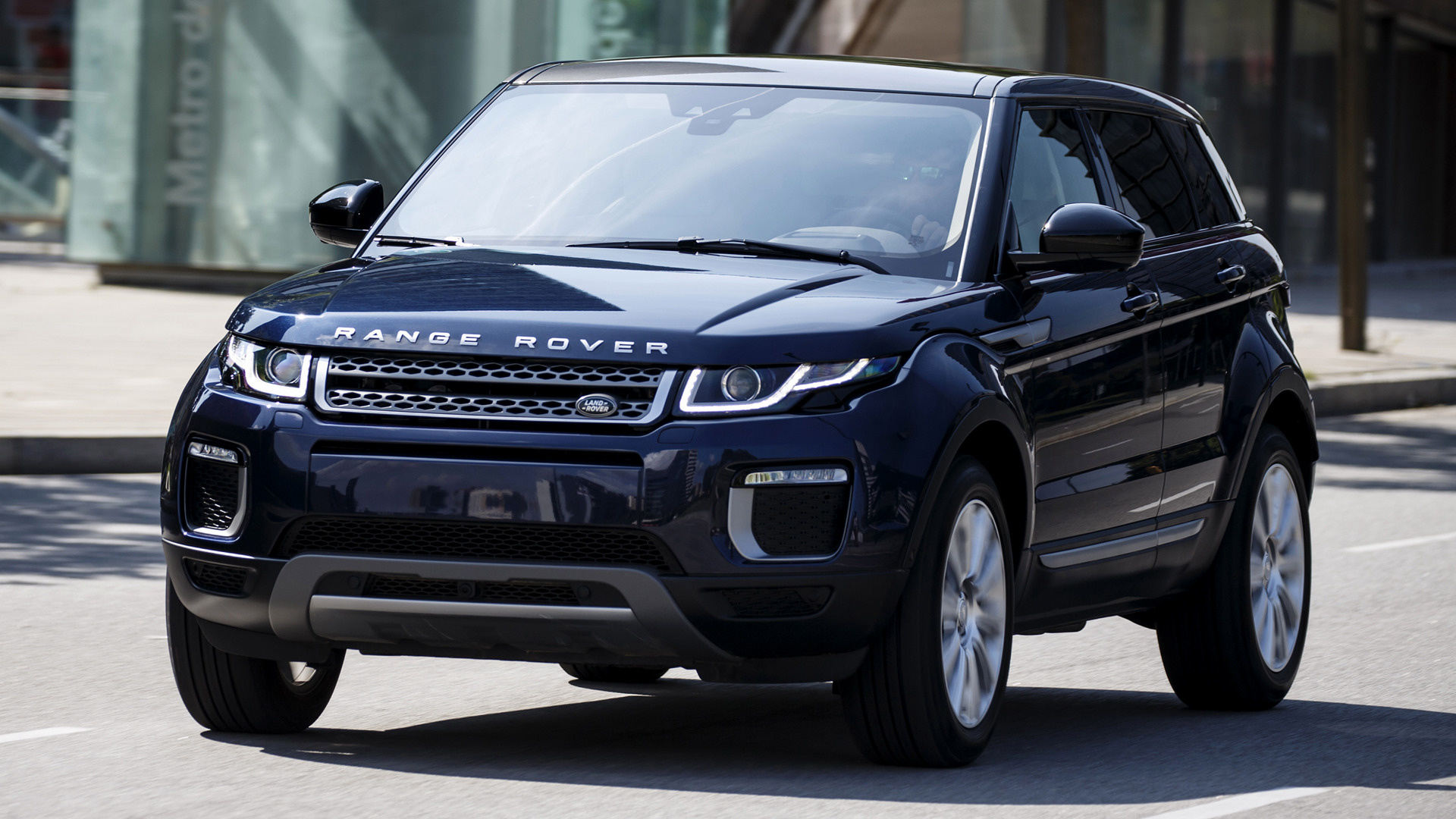Range Rover Evoque (2015) Wallpapers And HD Images