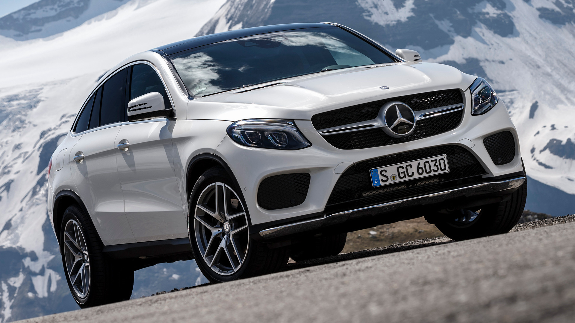 2015 mercedes benz gle class coupe amg line wallpapers. Black Bedroom Furniture Sets. Home Design Ideas