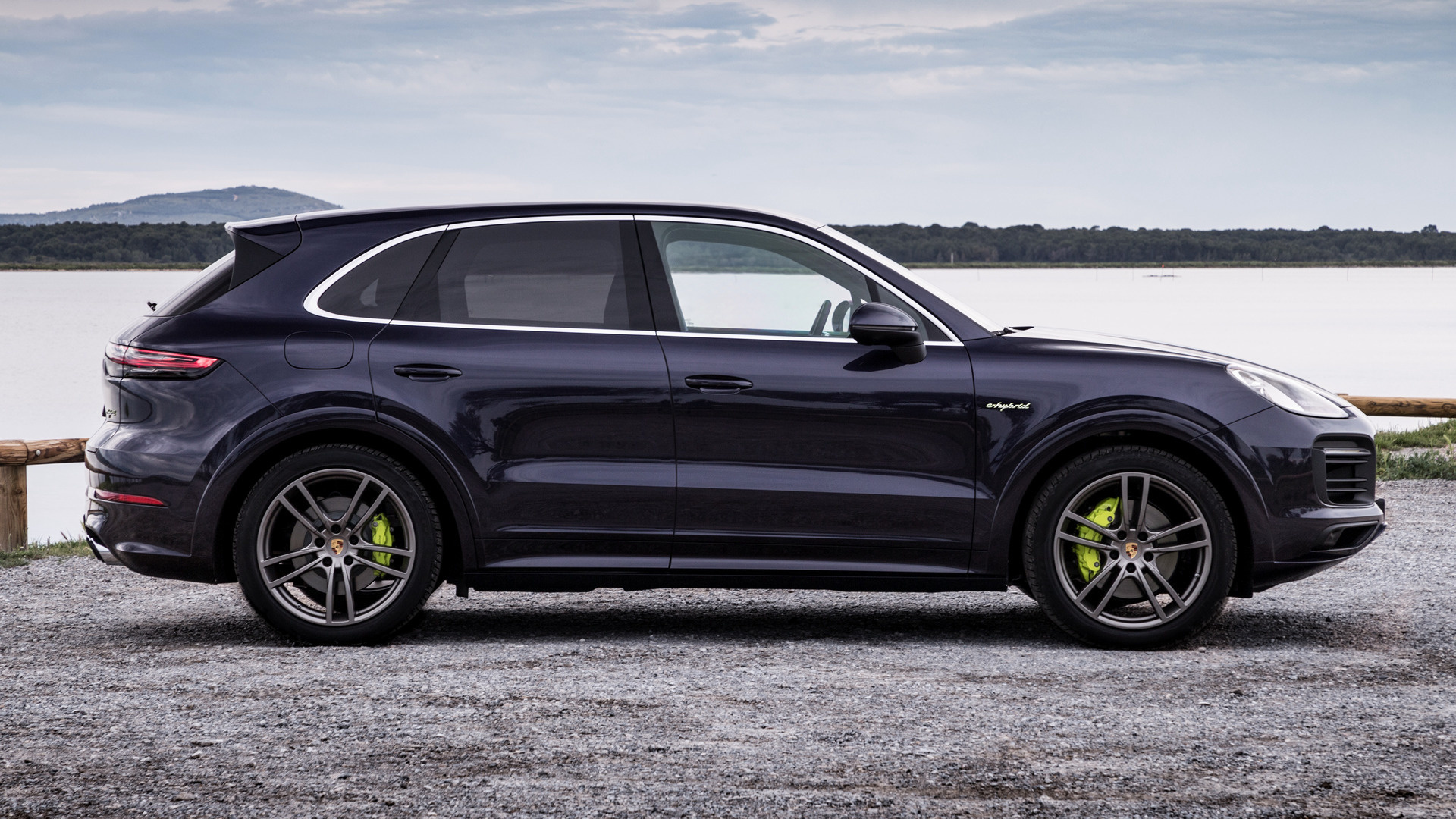 2018 porsche cayenne e hybrid sportdesign package wallpapers and hd images car pixel. Black Bedroom Furniture Sets. Home Design Ideas