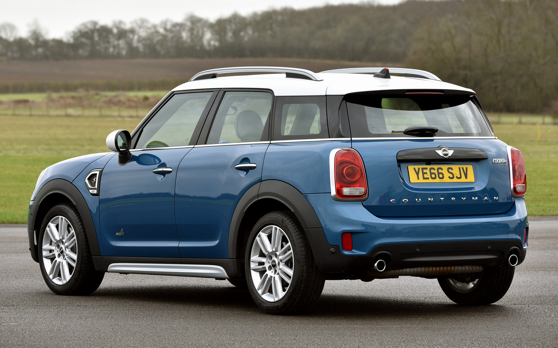 mini cooper s countryman 2017 uk wallpapers and hd images car pixel. Black Bedroom Furniture Sets. Home Design Ideas