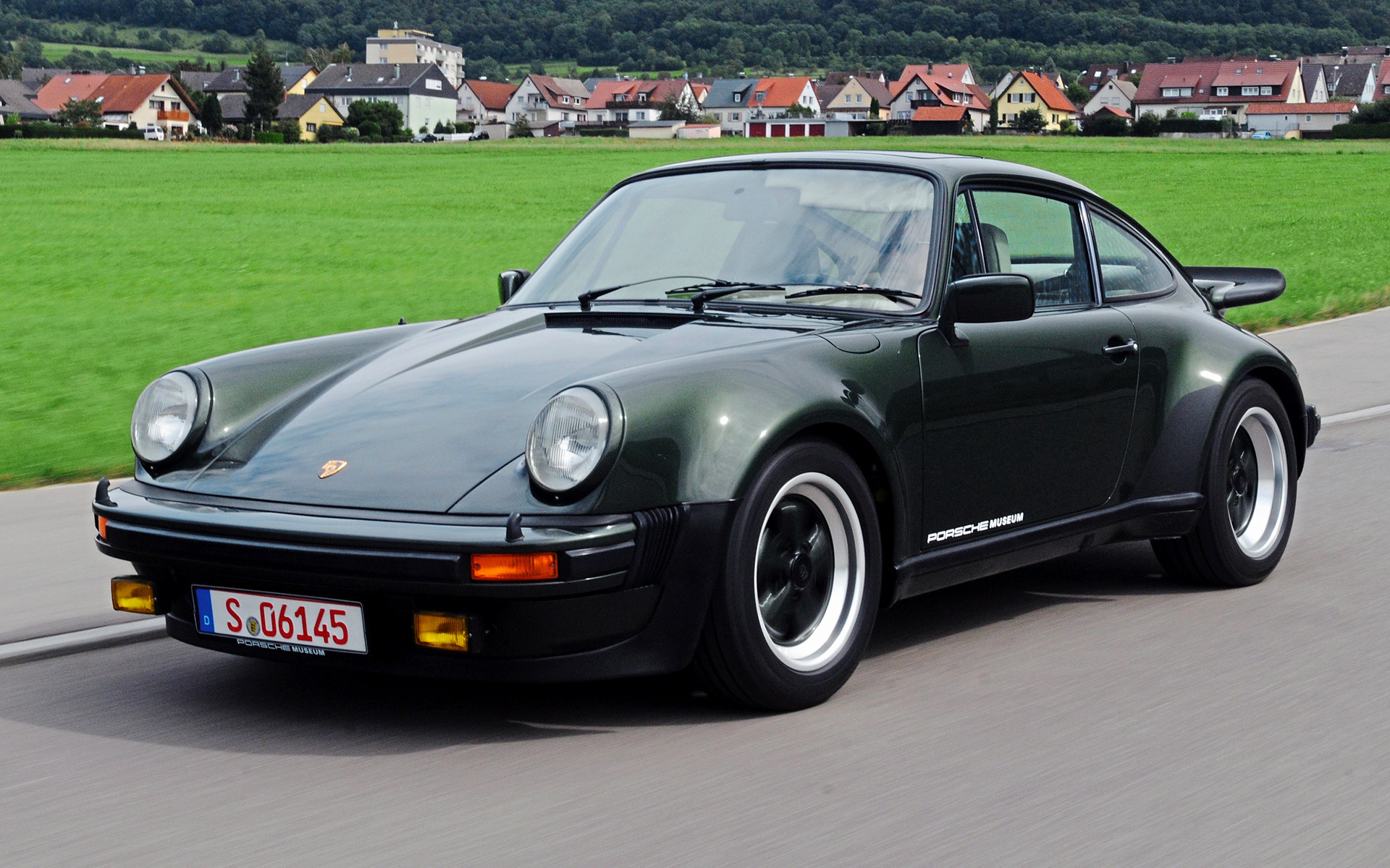 Porsche 911 Turbo 1975 Wallpapers And Hd Images Car Pixel