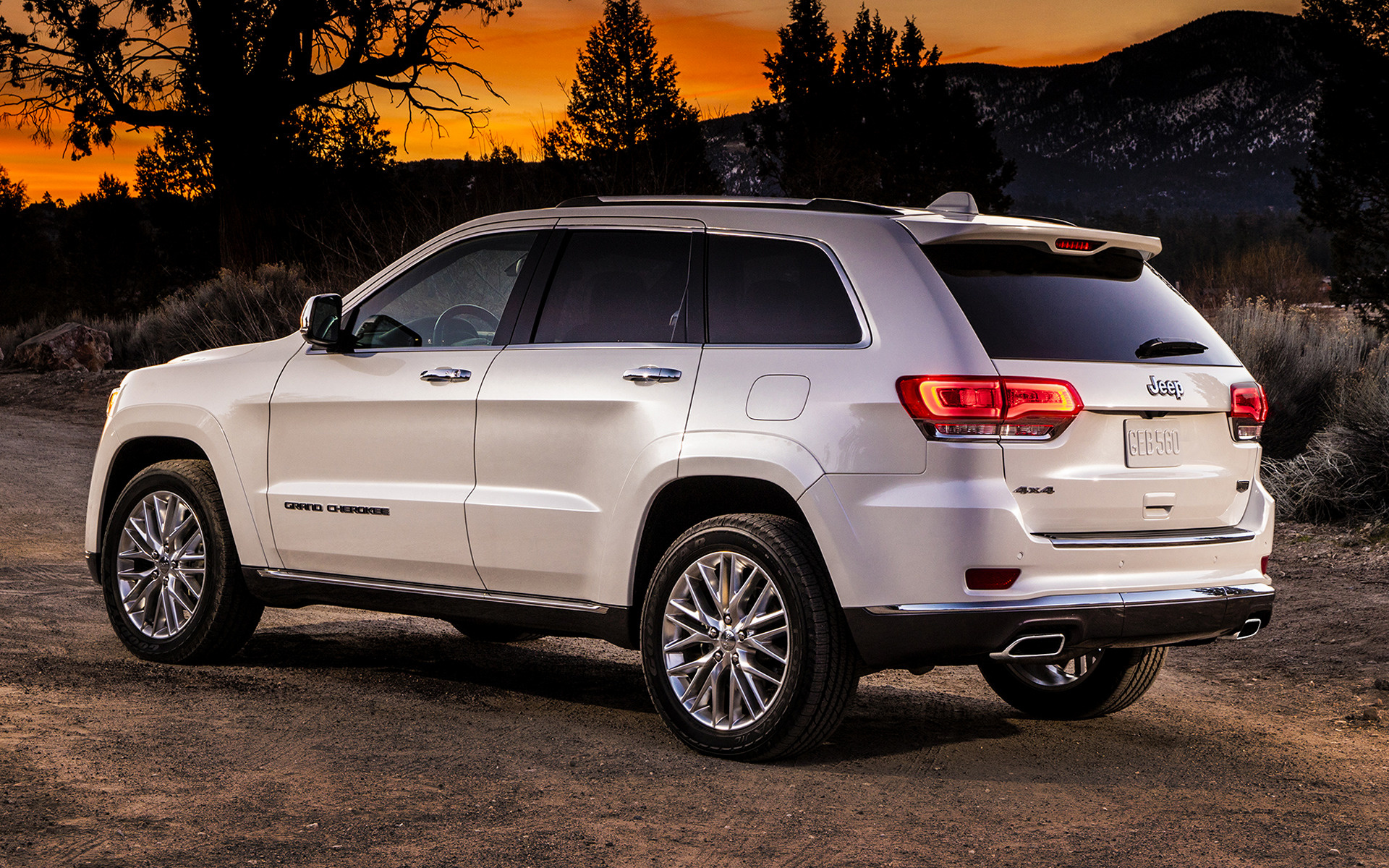 Jeep Summit 2017 >> 2017 Jeep Grand Cherokee Summit - Wallpapers and HD Images ...