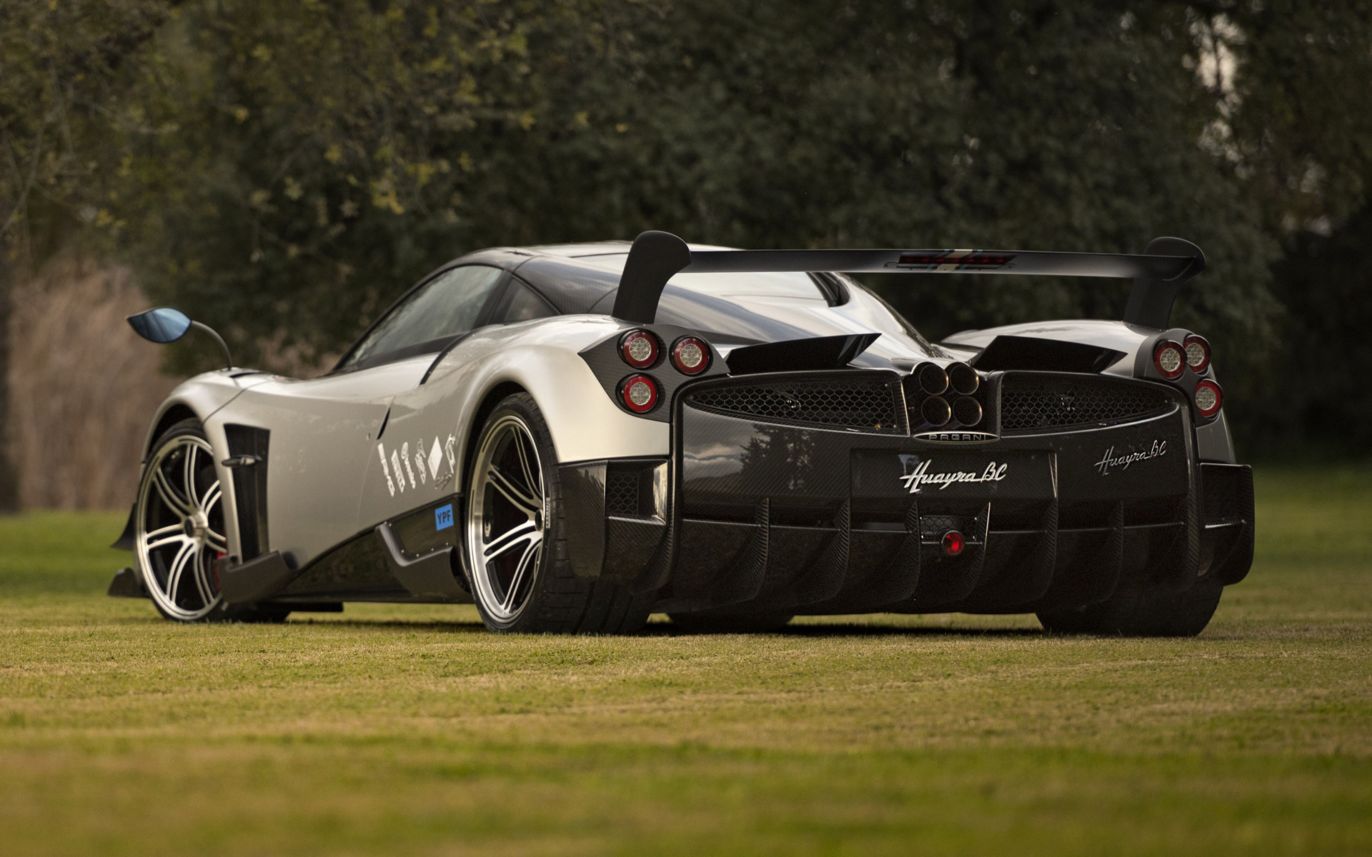 2016 Pagani Huayra Bc Wallpapers And Hd Images Car Pixel