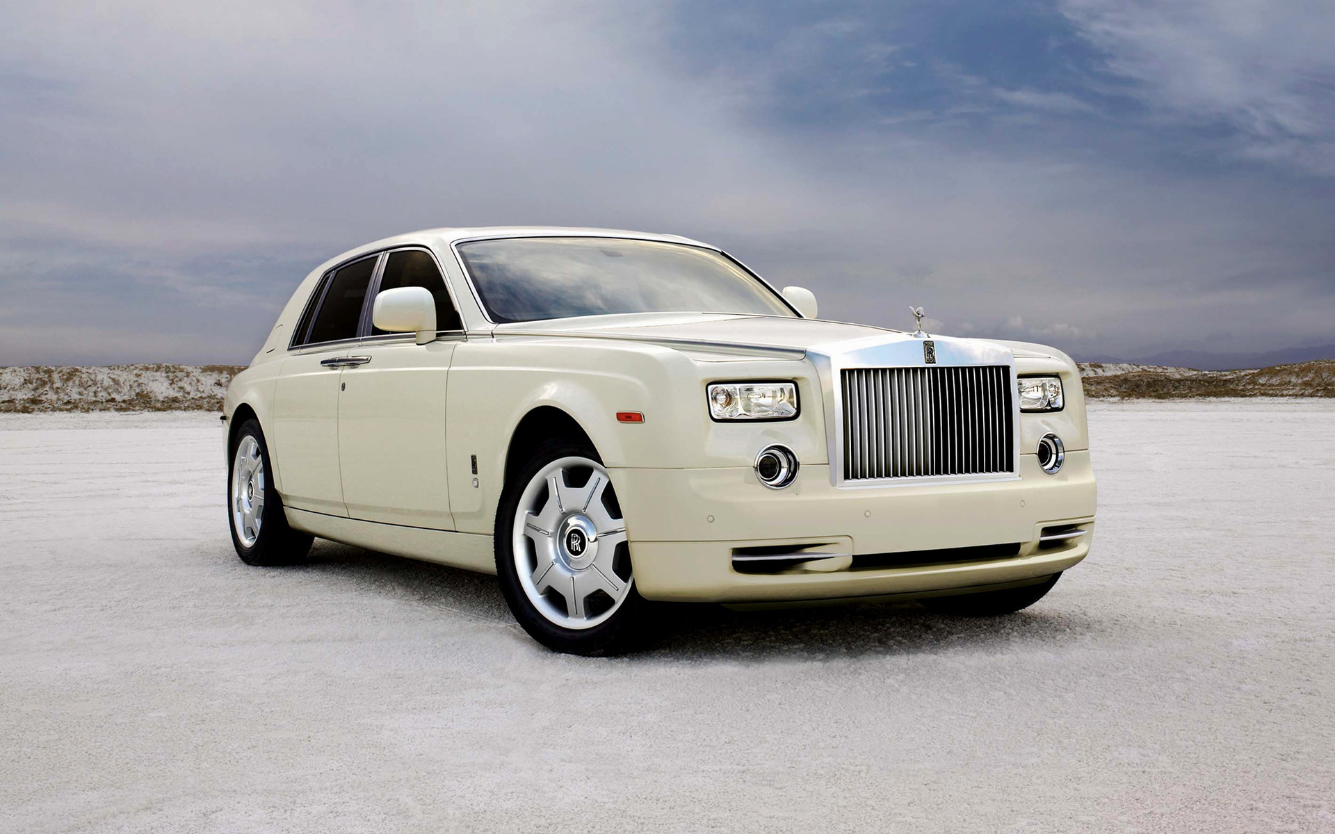 Rolls Royce Phantom 2009 Wallpapers And Hd Images Car Pixel