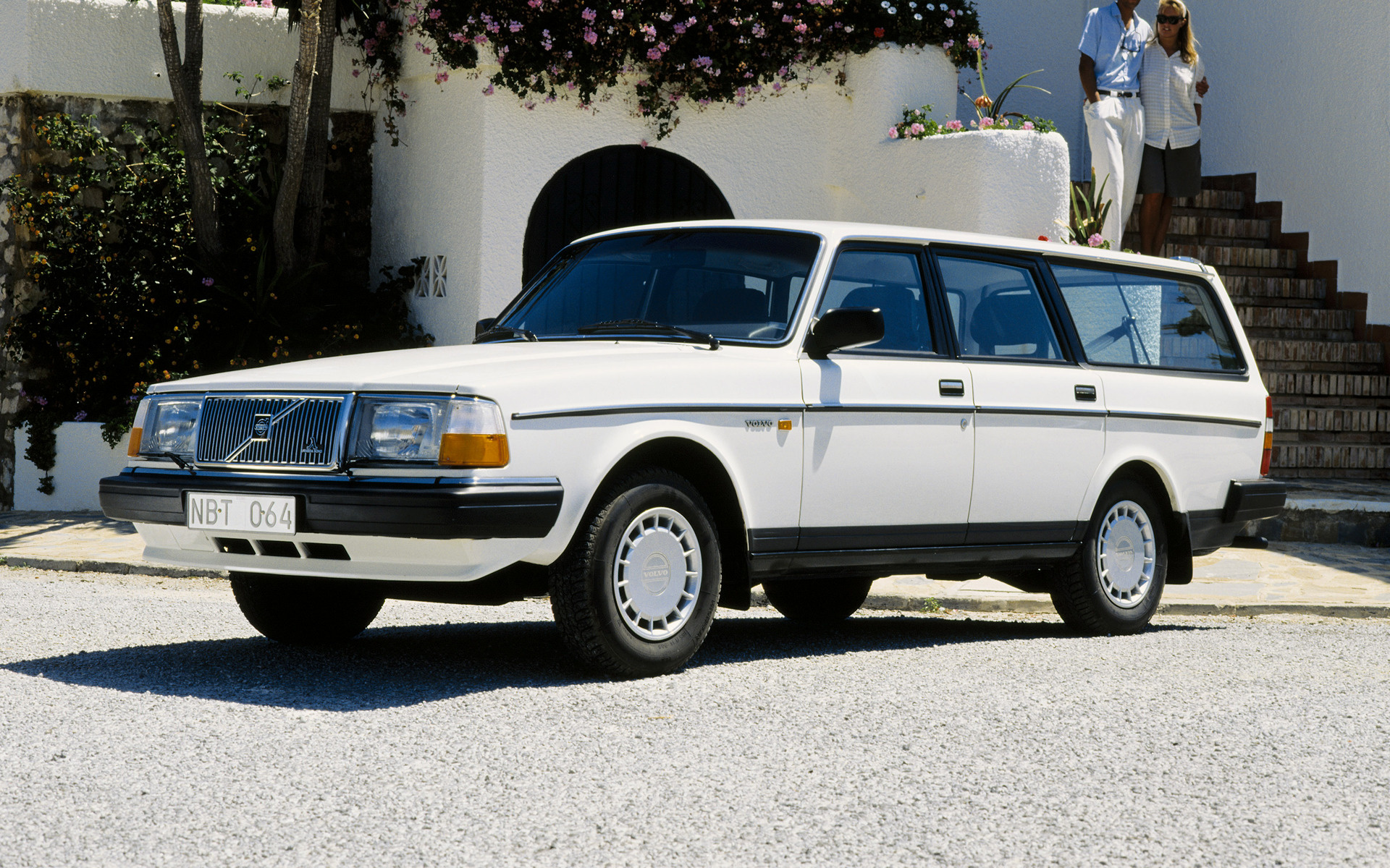 Volvo 240 Glt Kombi 1989 Wallpapers And Hd Images Car Pixel
