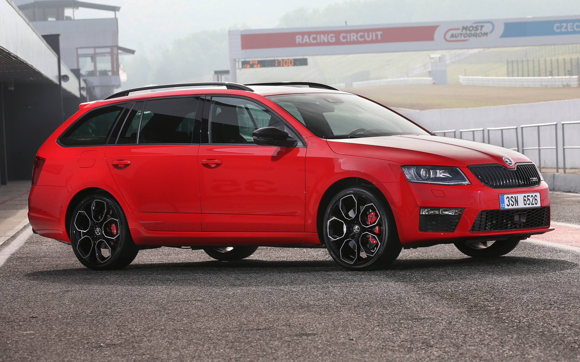 Skoda Octavia Rs 230 Combi 2015 Wallpapers And Hd Images