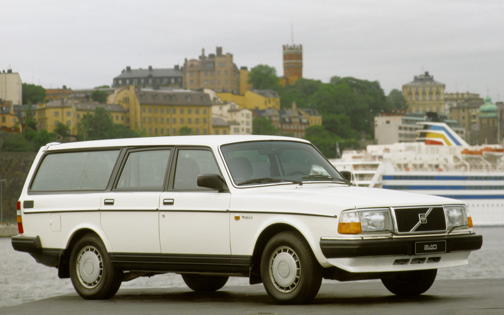 1987 Volvo 240 GL Kombi - Wallpapers and HD Images | Car Pixel