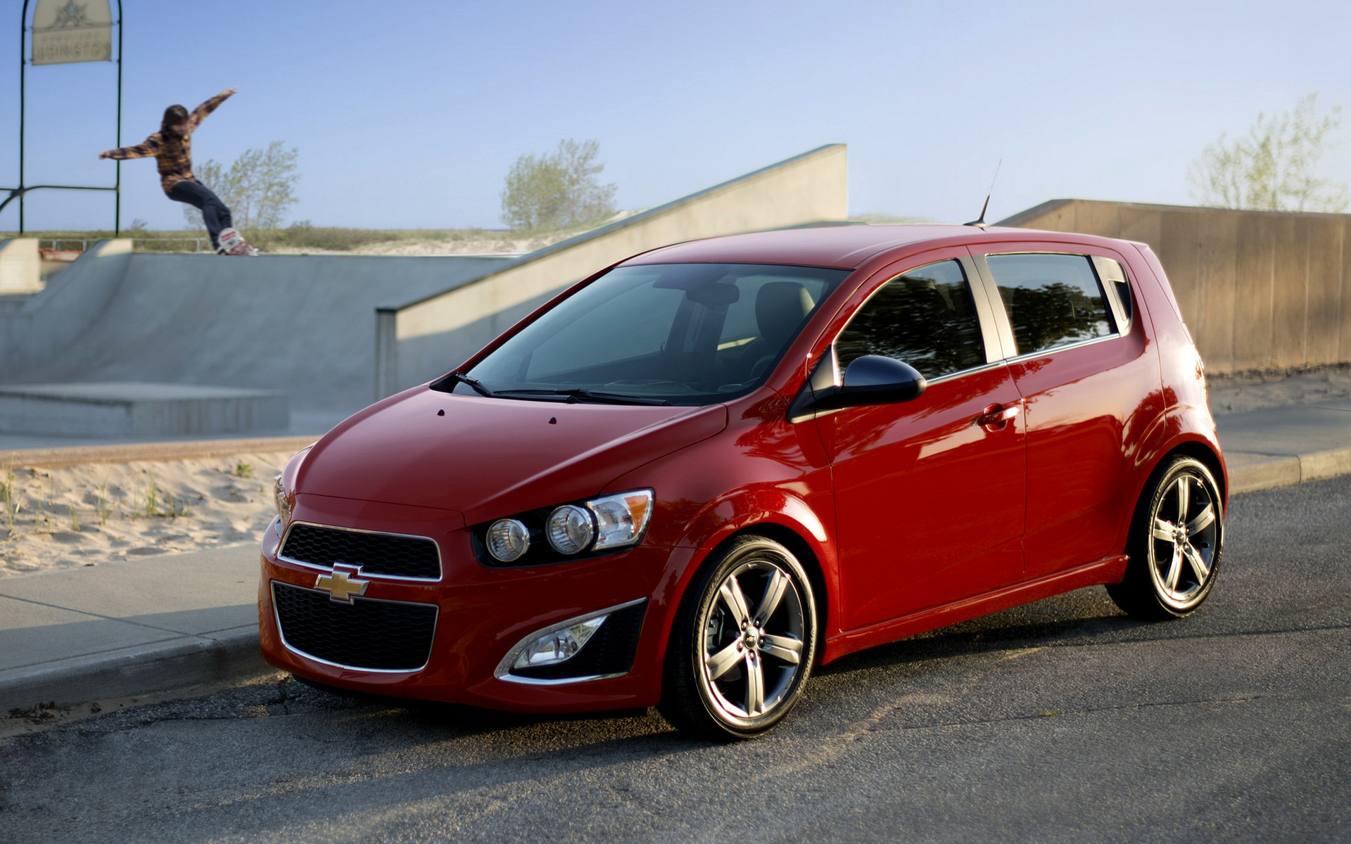2012 Chevrolet Sonic RS - Wallpapers and HD Images | Car Pixel