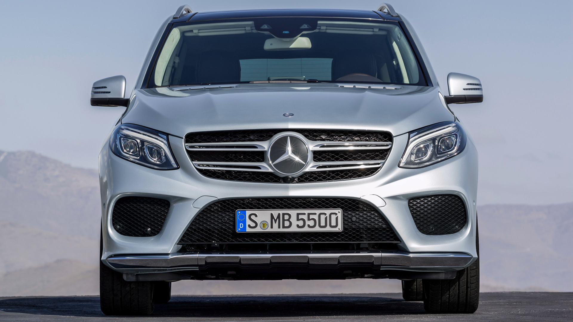 mercedes benz gle class plug in hybrid amg line 2015 wallpapers and hd images car pixel. Black Bedroom Furniture Sets. Home Design Ideas