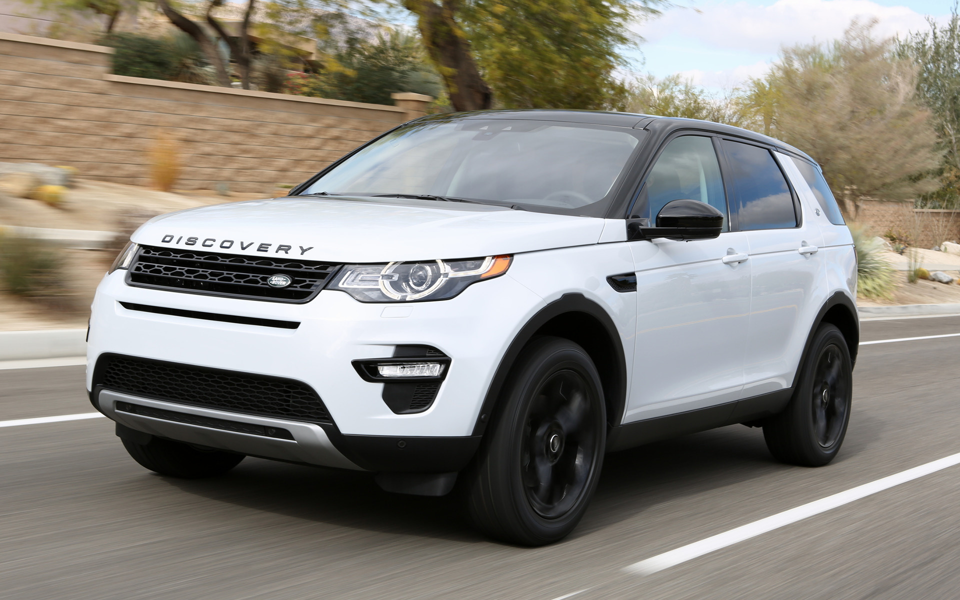 Land Rover Discovery Sport >> 2015 Land Rover Discovery Sport HSE Luxury Black Design Pack (US) - Wallpapers and HD Images ...
