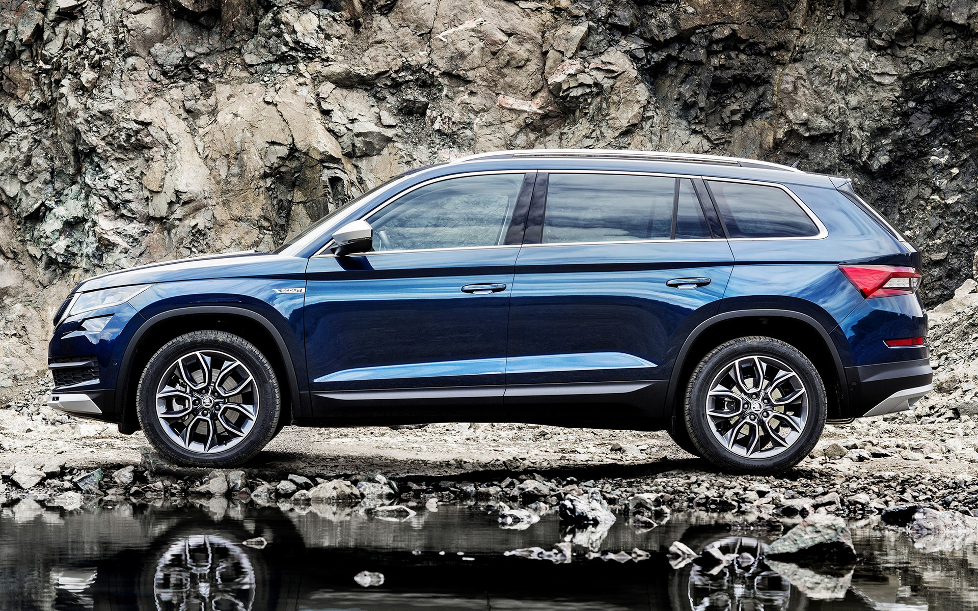 skoda kodiaq scout 2017 wallpapers and hd images car pixel. Black Bedroom Furniture Sets. Home Design Ideas