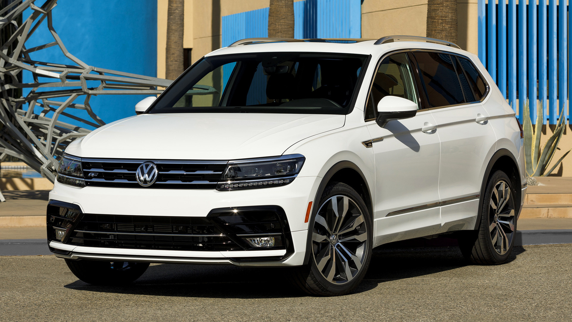 2018 volkswagen tiguan r line lwb us wallpapers and hd images car pixel. Black Bedroom Furniture Sets. Home Design Ideas