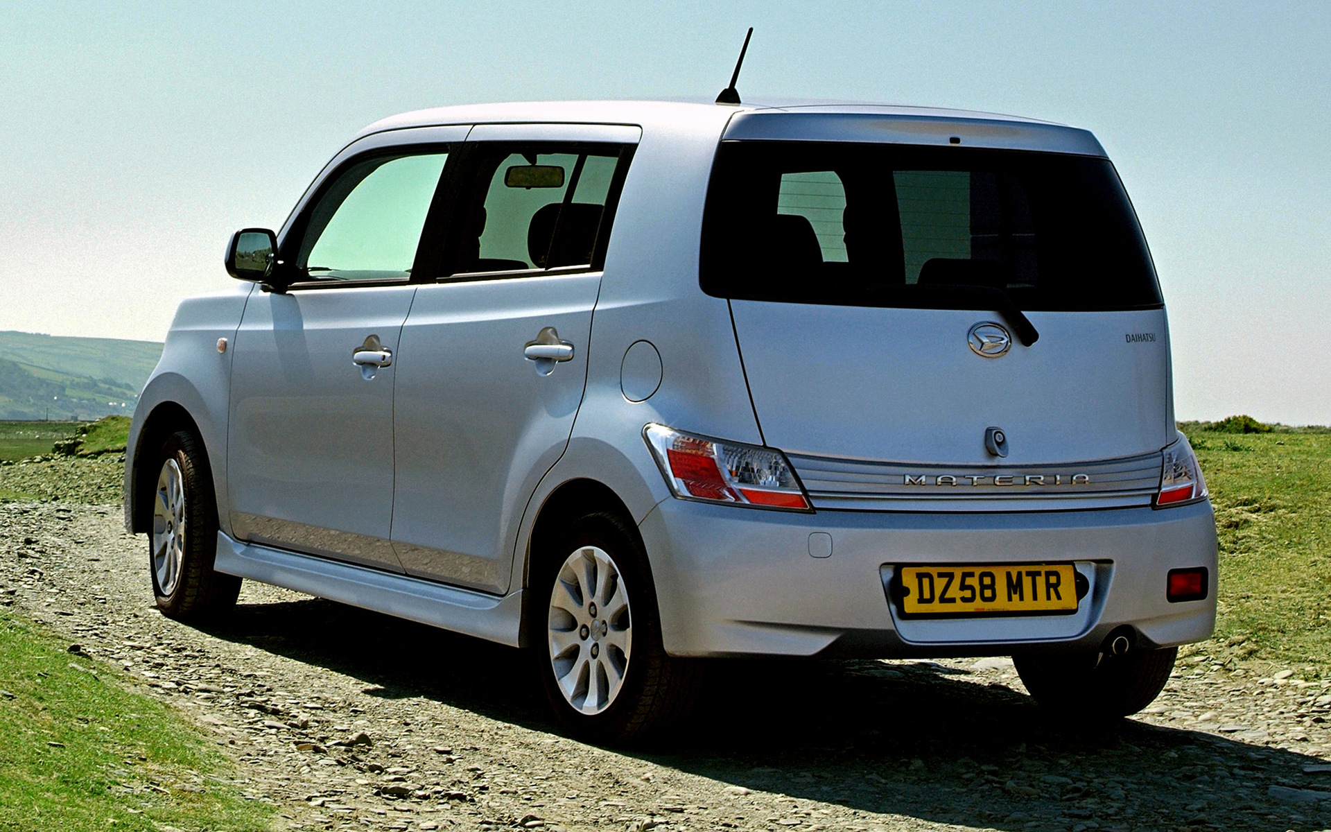 2007 Daihatsu Materia (UK) - Wallpapers and HD Images | Car