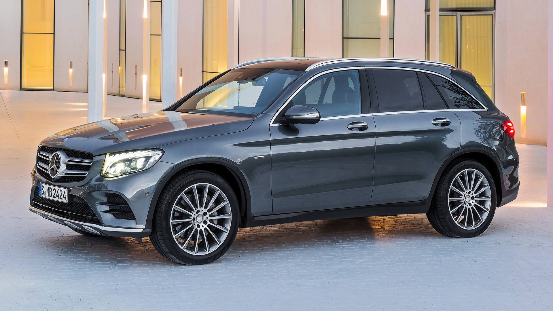 Mercedes Benz Glc Class Plug In Hybrid Amg Line 2015