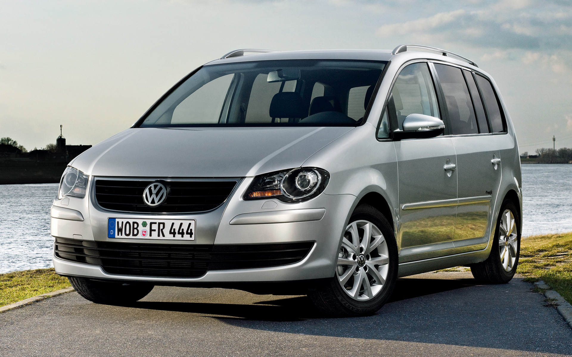 volkswagen touran freestyle 2009 wallpapers and hd. Black Bedroom Furniture Sets. Home Design Ideas