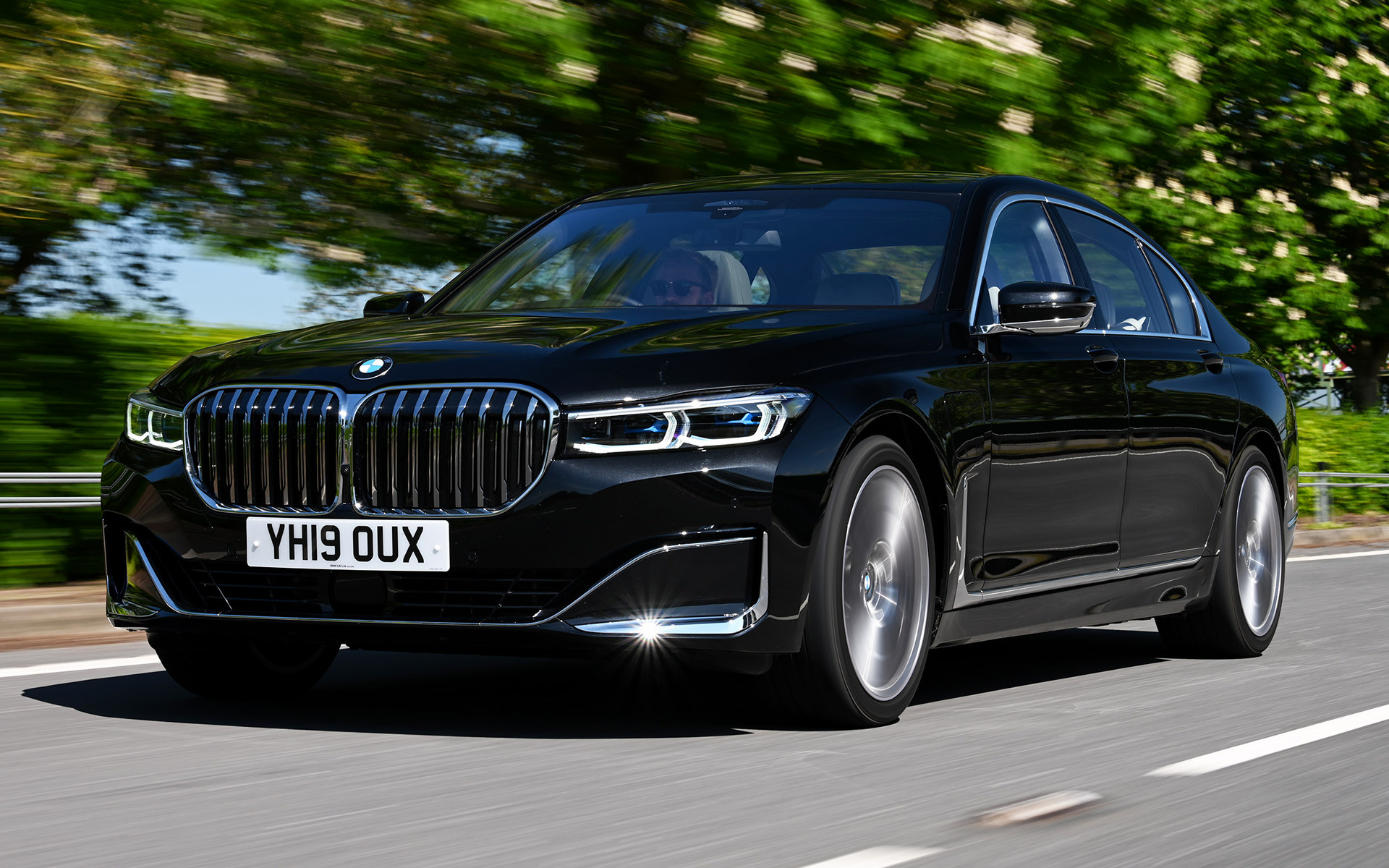 2019 Bmw 7 Series Plug In Hybrid Lwb Uk Wallpapers
