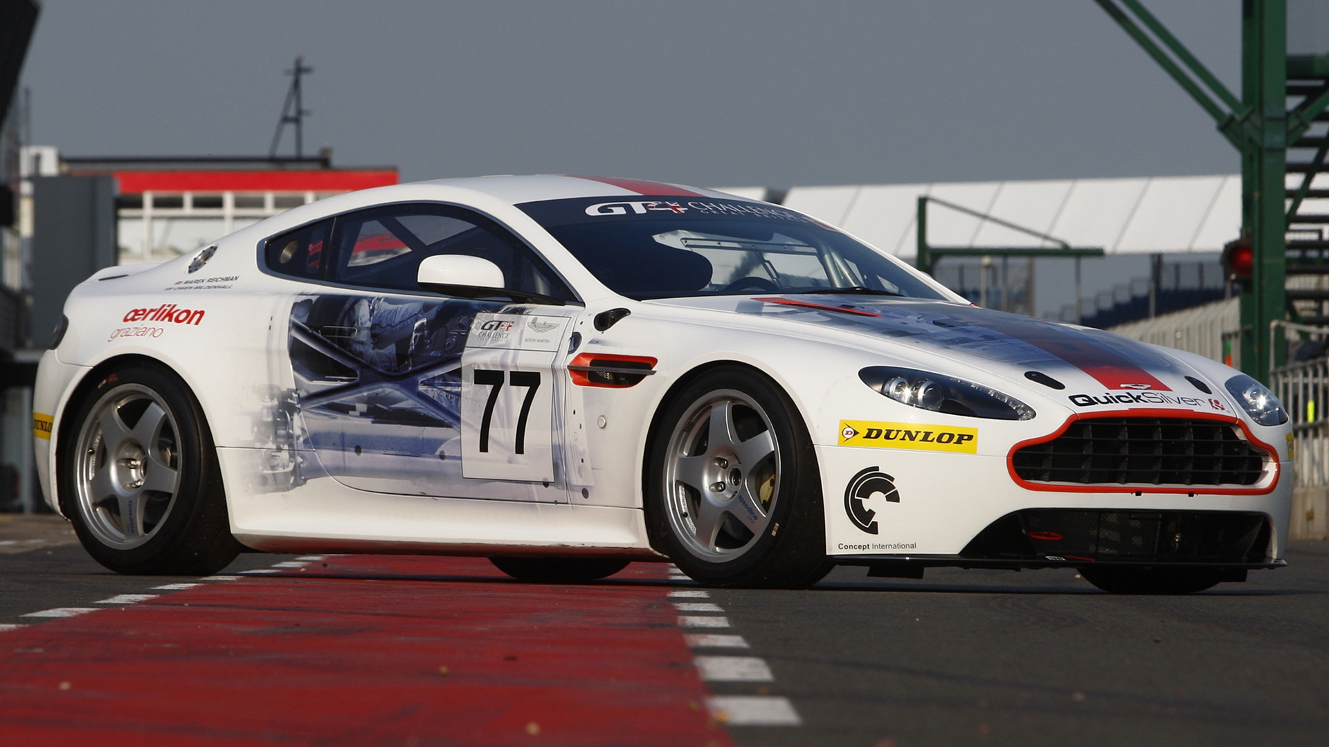 2009 Aston Martin V12 Vantage Race Car Wallpapers And Hd Images Car Pixel