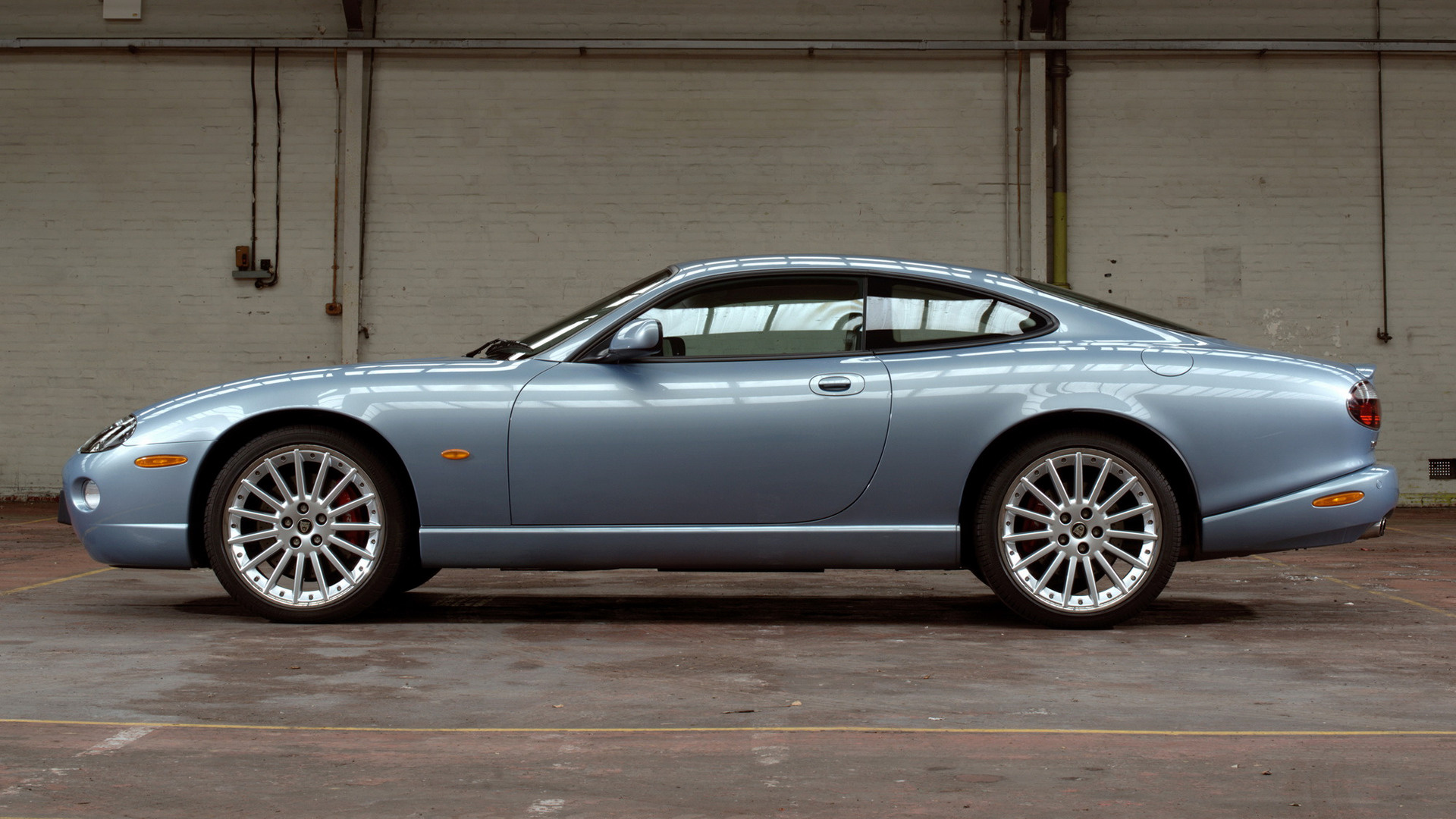 Jaguar XKR Coupe 2004 Wallpapers and HD Images  Car Pixel