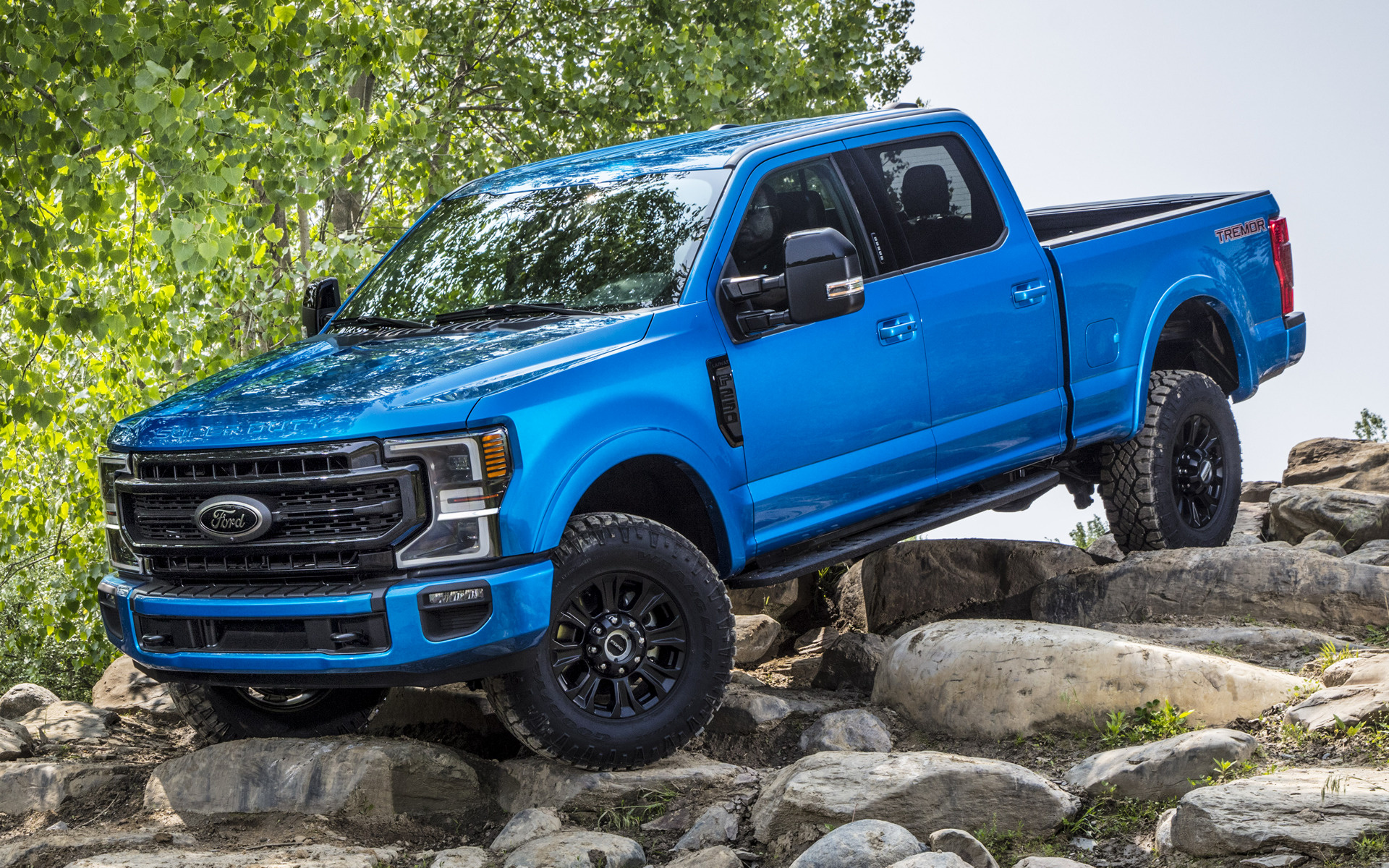 2020 Ford F-250 Super Duty Lariat Tremor Crew Cab Off-road Package
