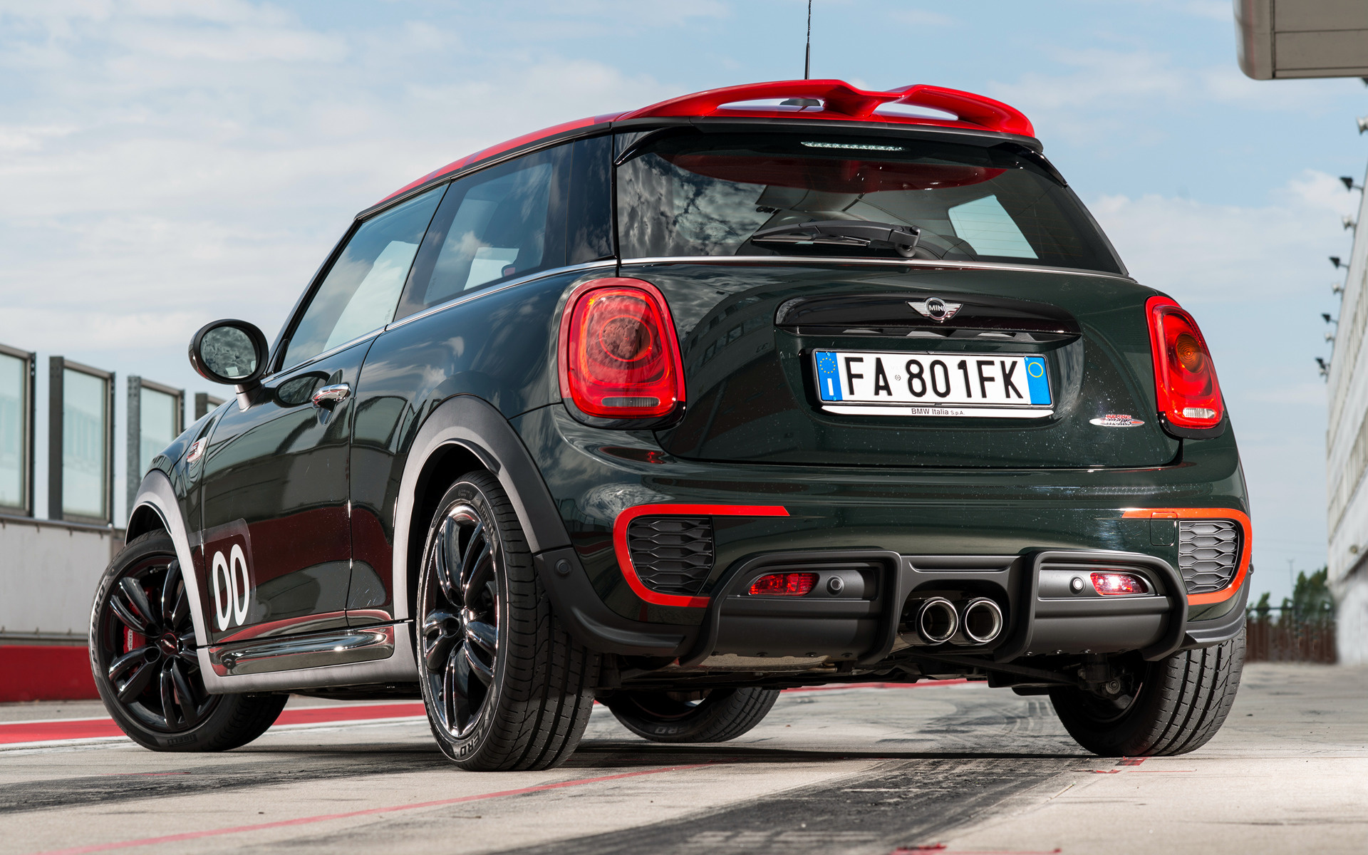 Mini John Cooper Works Challenge Edition 3 Door 2016