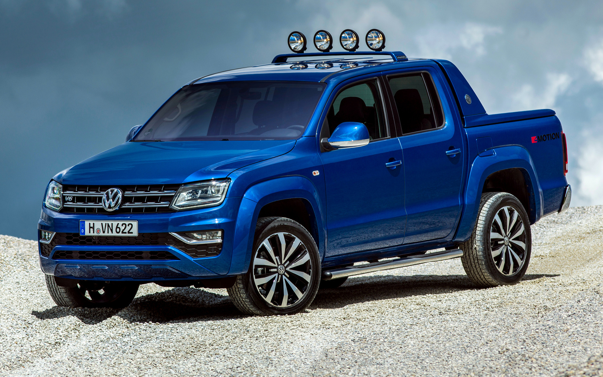 Volkswagen Amarok Aventura Double Cab 2016 Wallpapers