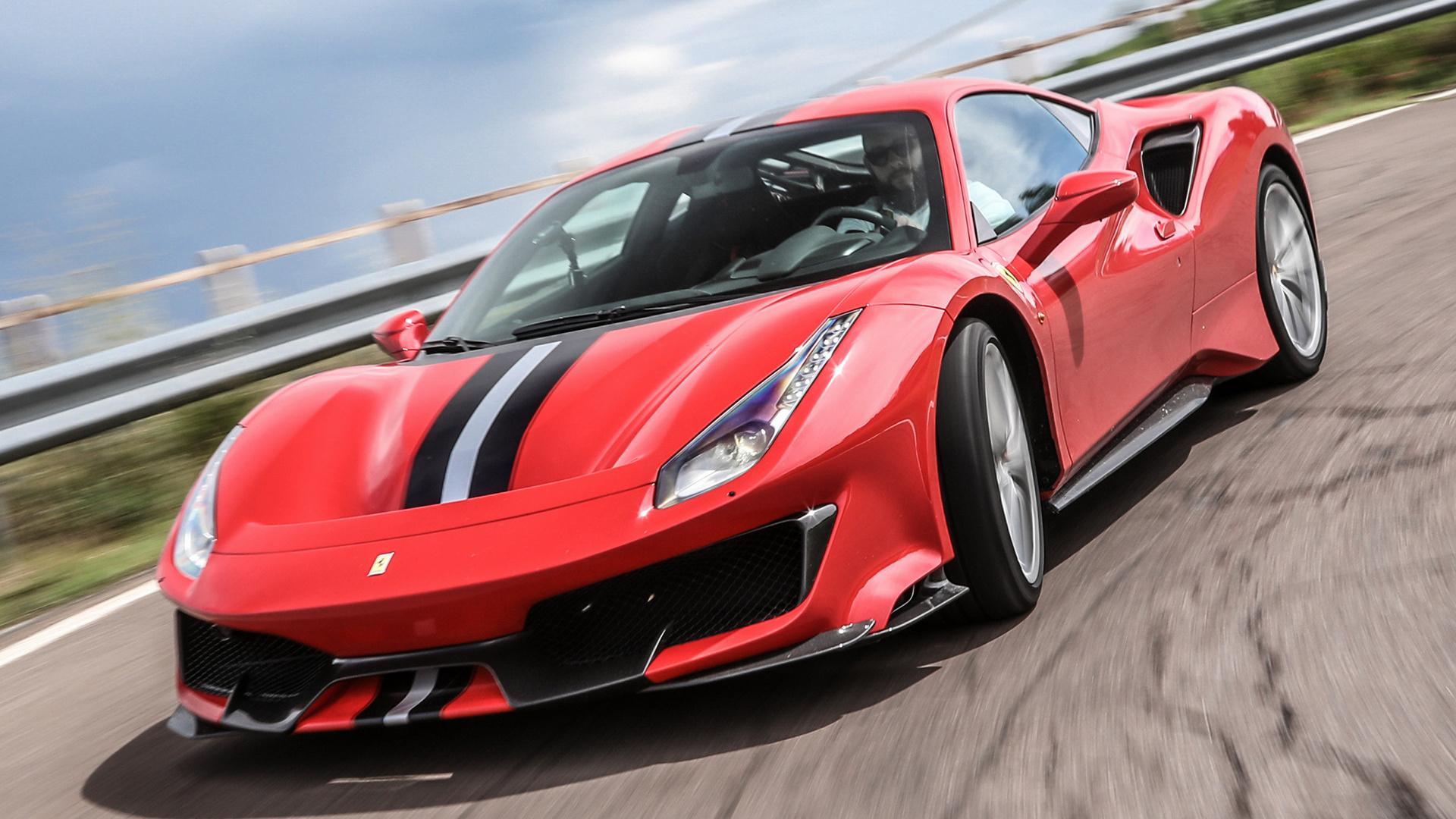 22+ Ferrari Laferrari And 488 Wallpaper  Gif