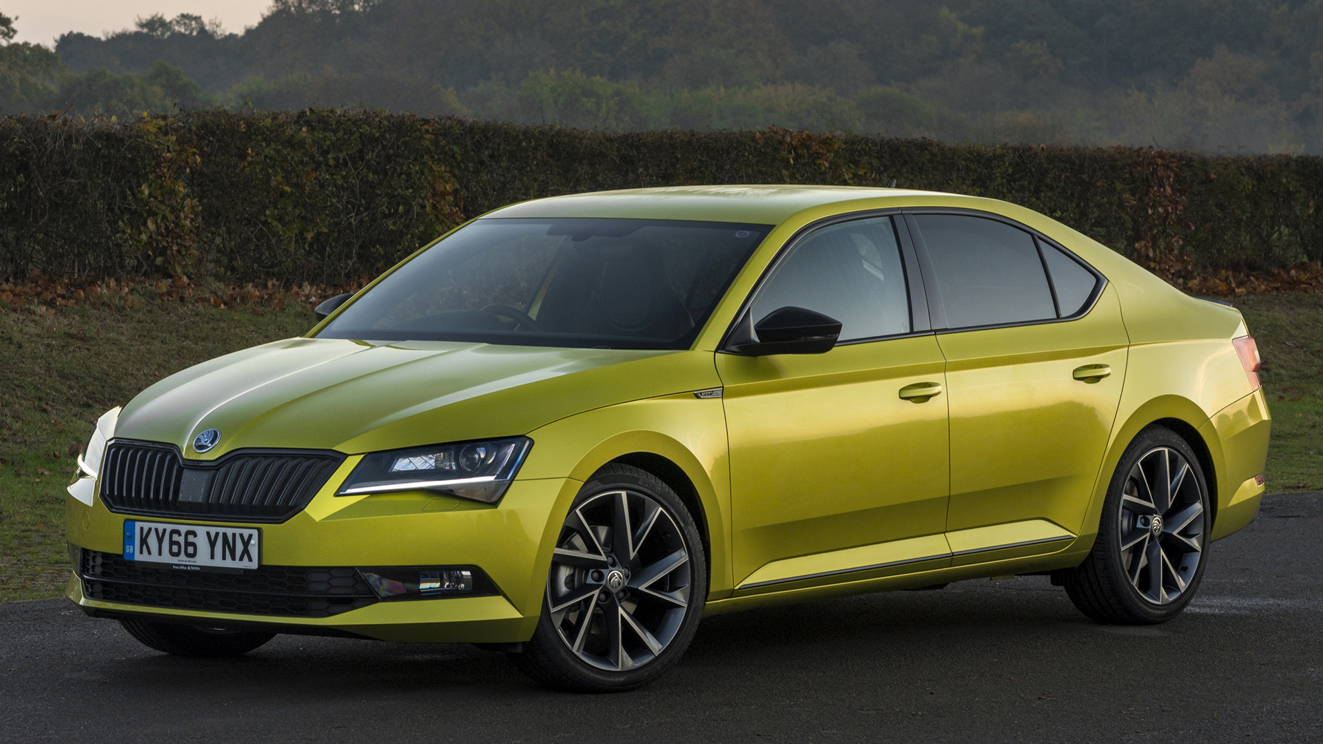 skoda superb sportline 2016 uk wallpapers and hd images car pixel. Black Bedroom Furniture Sets. Home Design Ideas