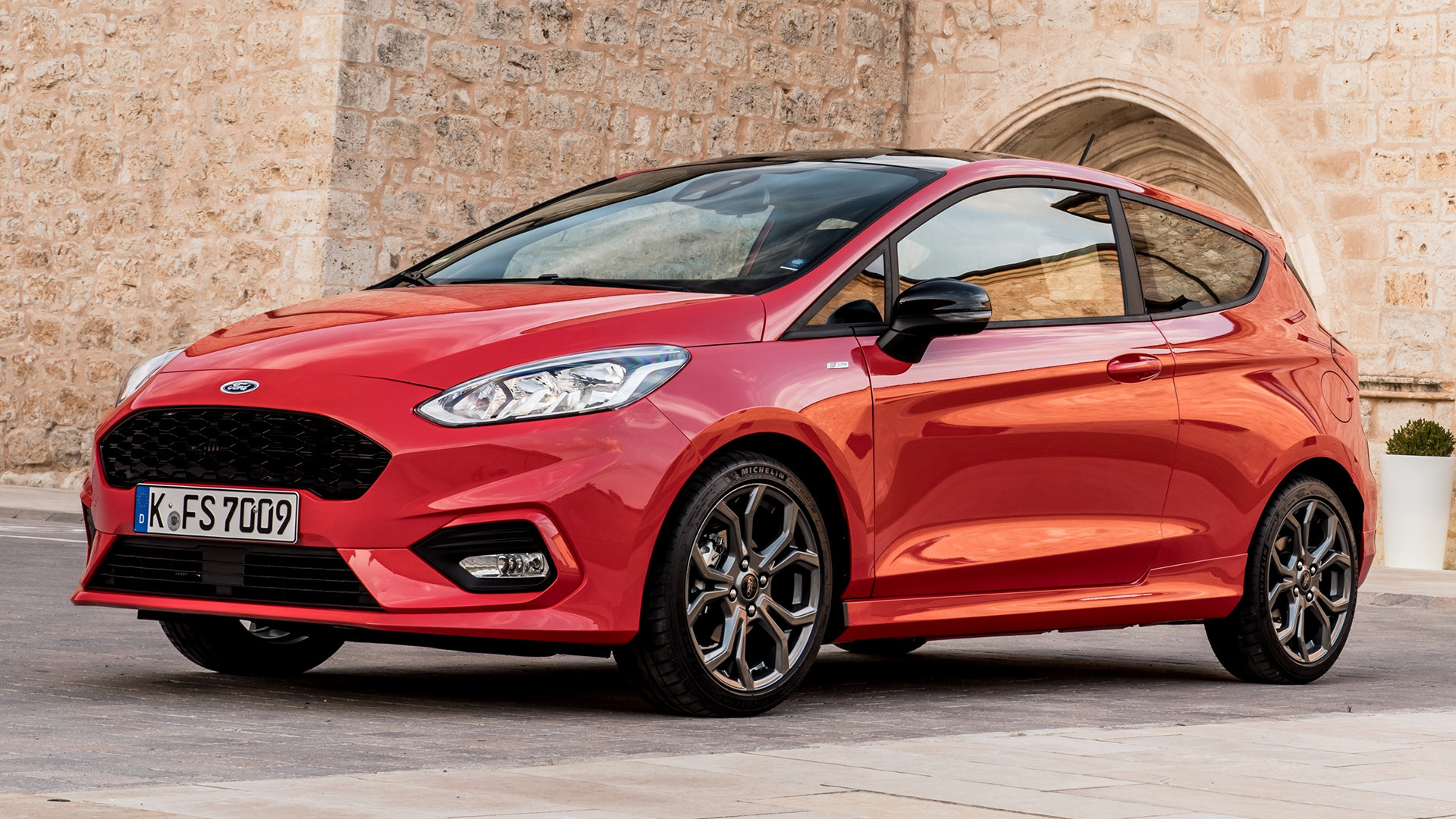 2017 ford fiesta st line 3 door wallpapers and hd images. Black Bedroom Furniture Sets. Home Design Ideas
