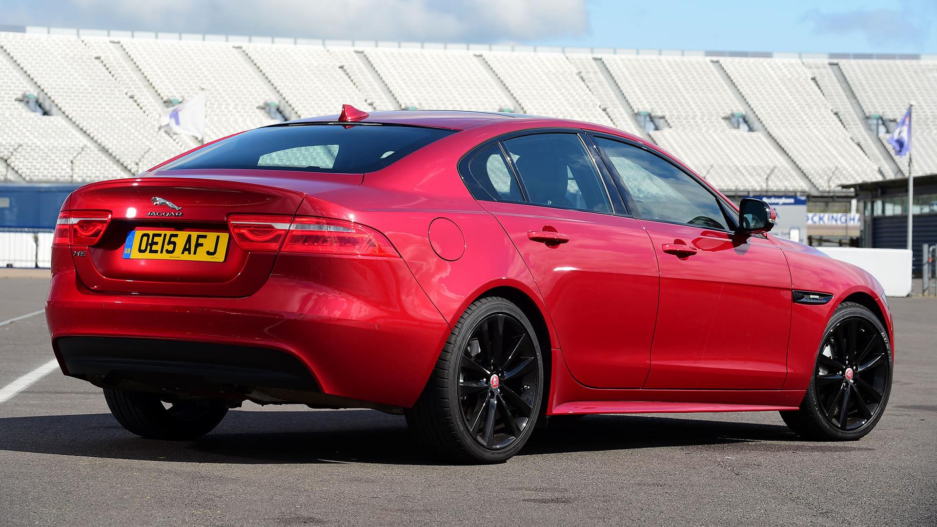 jaguar xe r sport 2015 uk wallpapers and hd images car. Black Bedroom Furniture Sets. Home Design Ideas