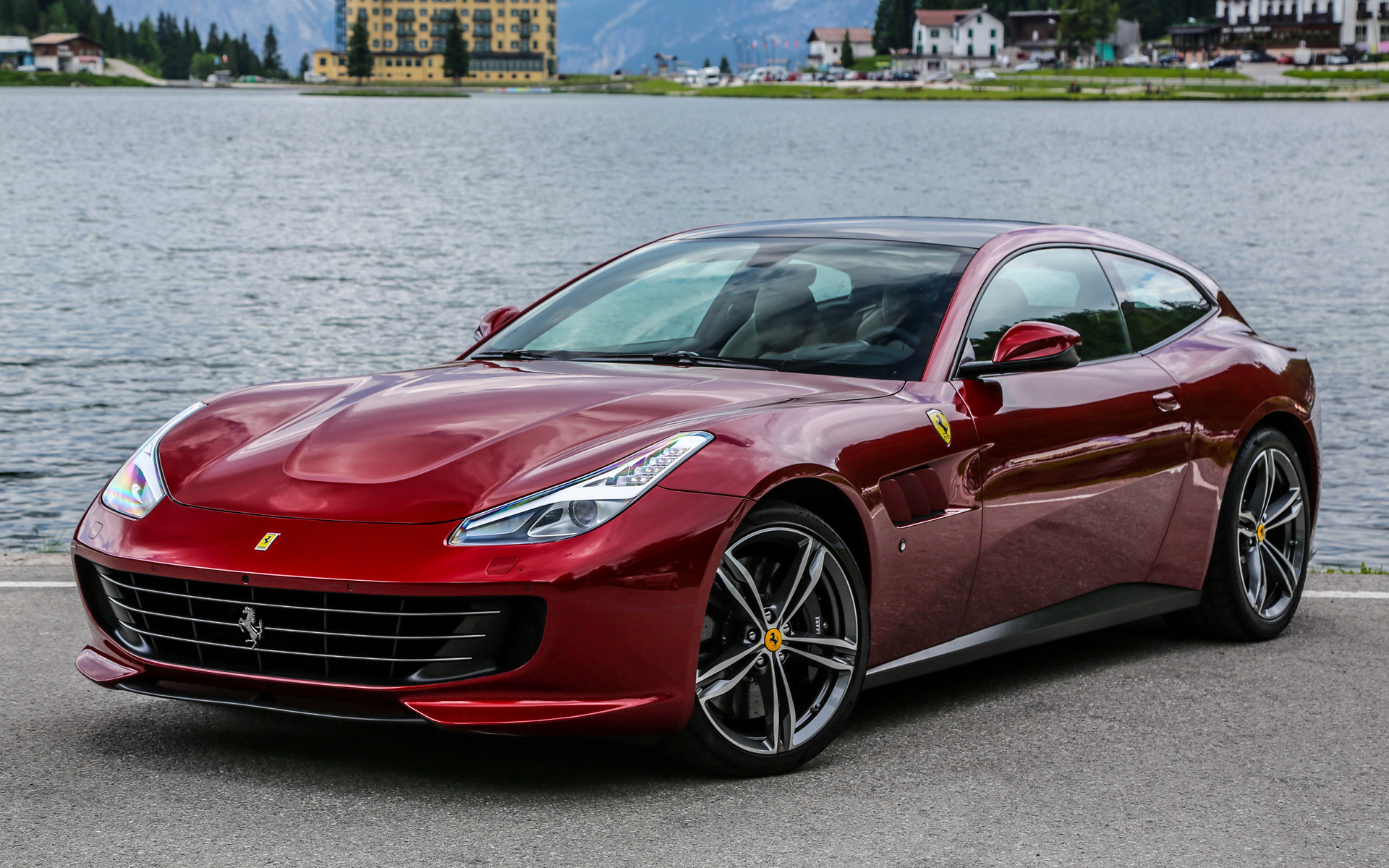 2016 Ferrari GTC4Lusso - Wallpapers and HD Images | Car Pixel