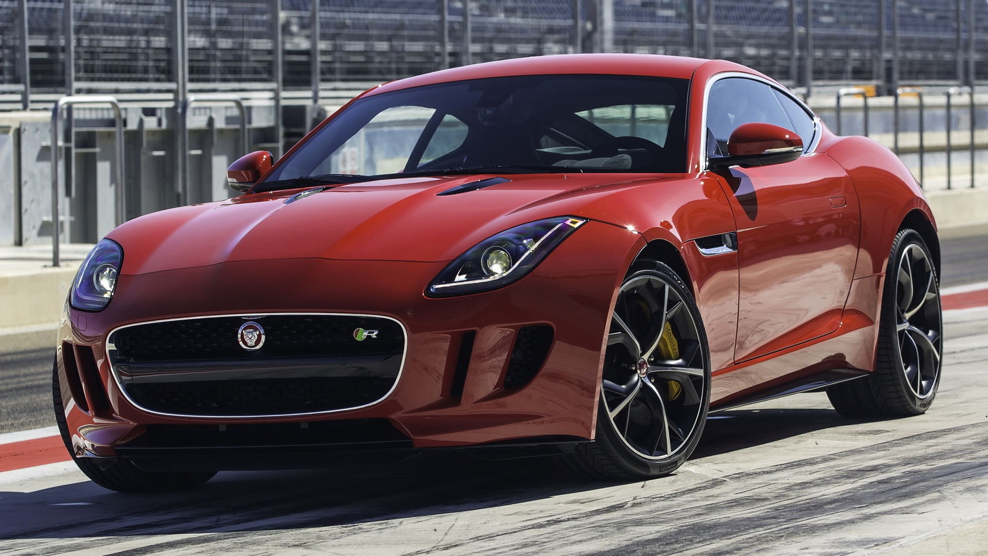 Jaguar F Type Coupe >> 2014 Jaguar F-Type R Coupe - Wallpapers and HD Images ...