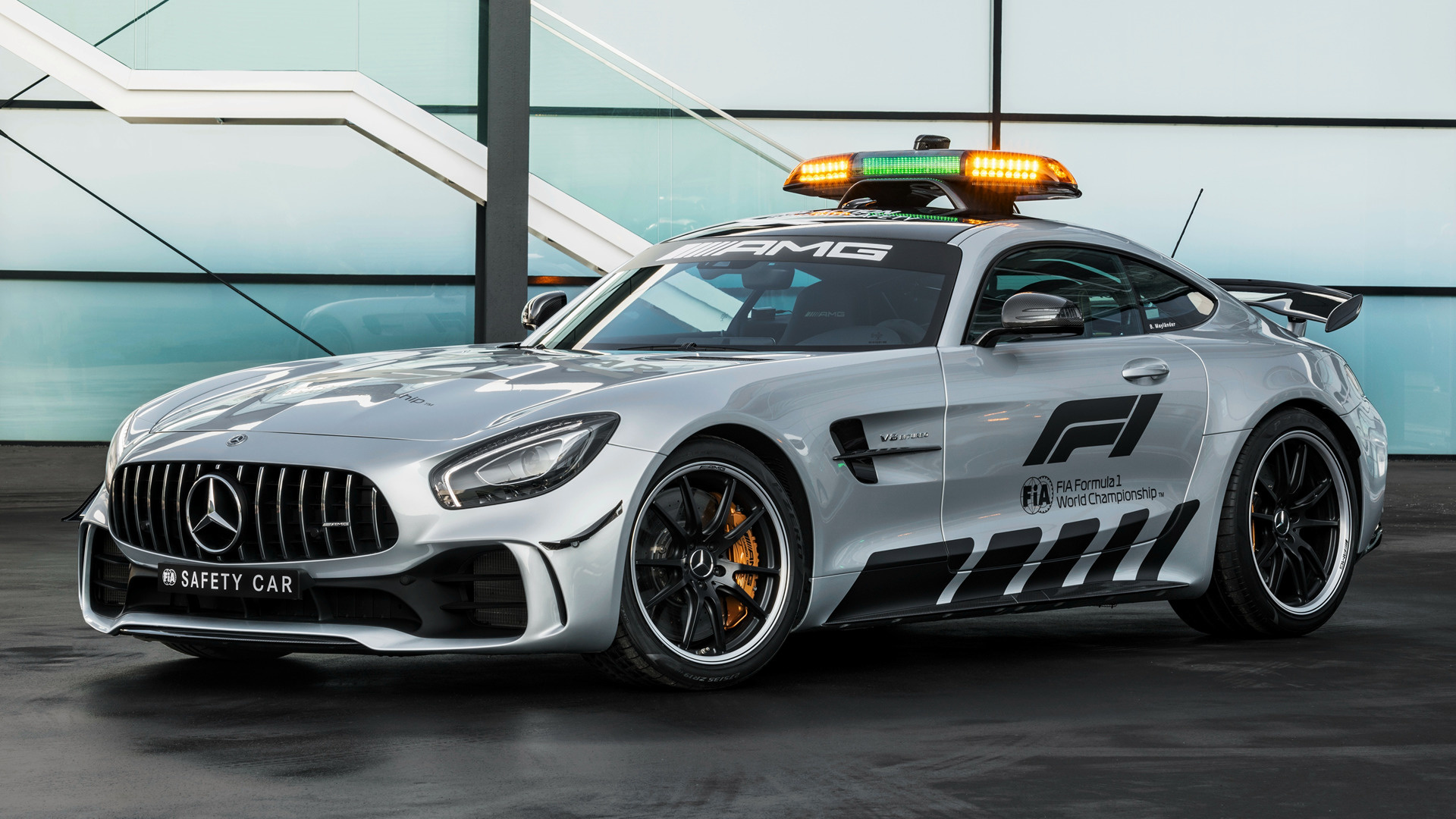 mercedes amg gt r f1 safety car 2018 wallpapers and hd images car pixel. Black Bedroom Furniture Sets. Home Design Ideas
