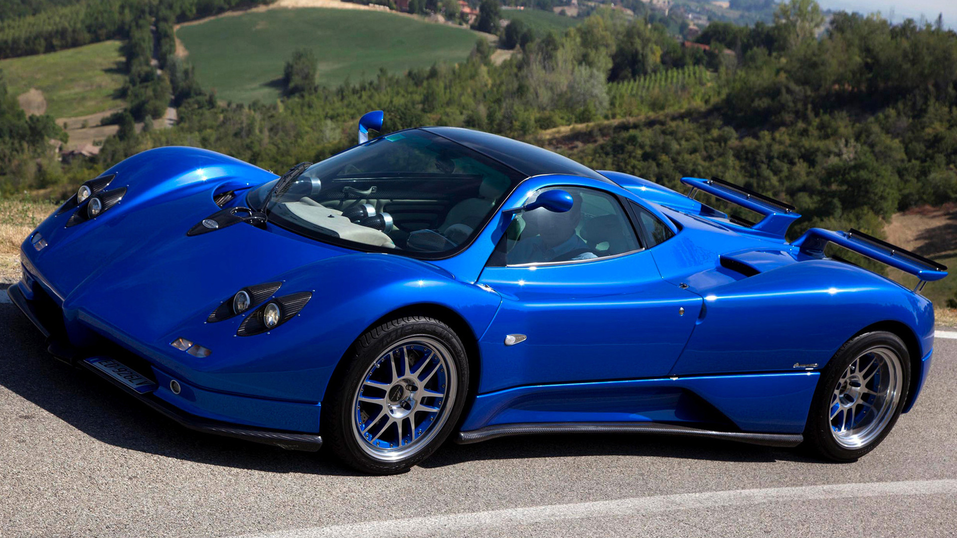 Pagani Zonda C S Wallpaper Hd