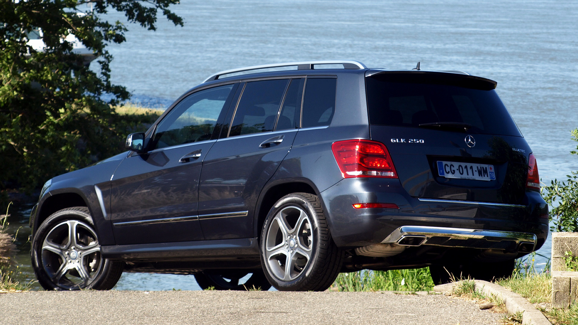 2012 mercedes benz glk class wallpapers and hd images car pixel. Black Bedroom Furniture Sets. Home Design Ideas