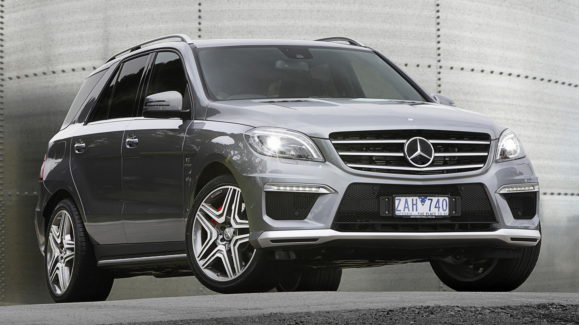 2012 mercedes benz ml 63 amg au wallpapers and hd. Black Bedroom Furniture Sets. Home Design Ideas
