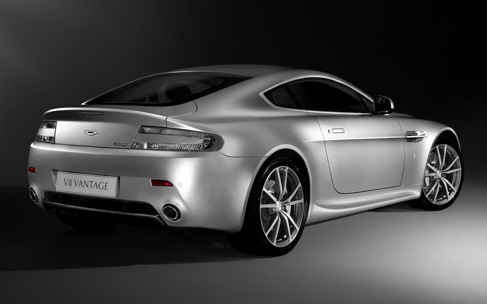 2008 Aston Martin V8 Vantage Uk Wallpapers And Hd Images Car Pixel