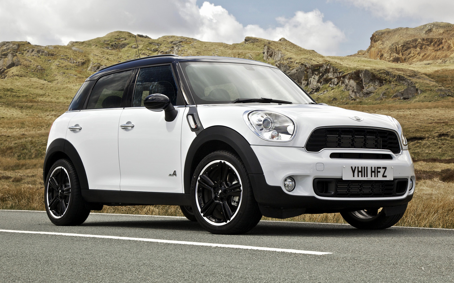 mini cooper s countryman 2011 uk wallpapers and hd images car pixel. Black Bedroom Furniture Sets. Home Design Ideas