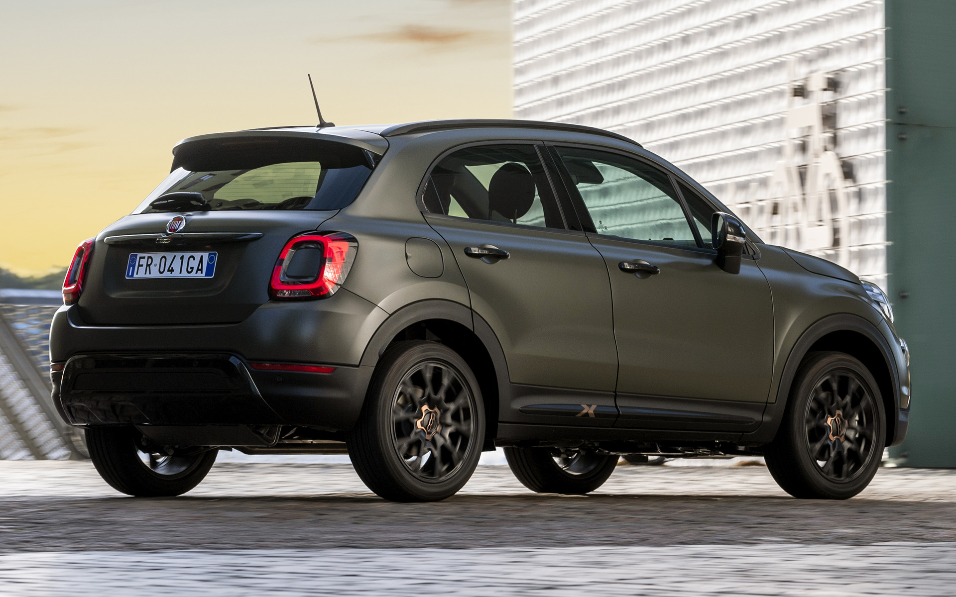 2019 fiat 500x cross s design wallpapers and hd images. Black Bedroom Furniture Sets. Home Design Ideas