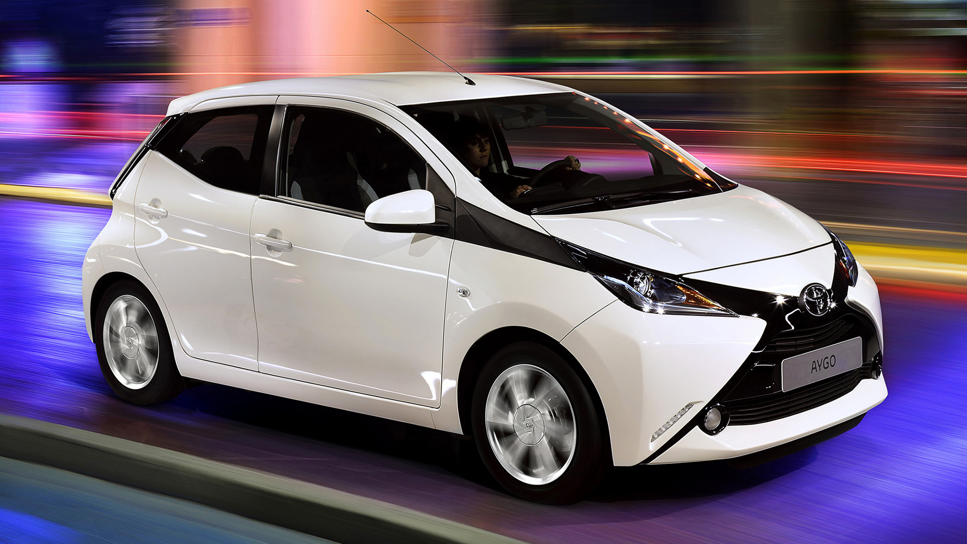 toyota aygo x play 5 door 2014 wallpapers and hd images car pixel. Black Bedroom Furniture Sets. Home Design Ideas