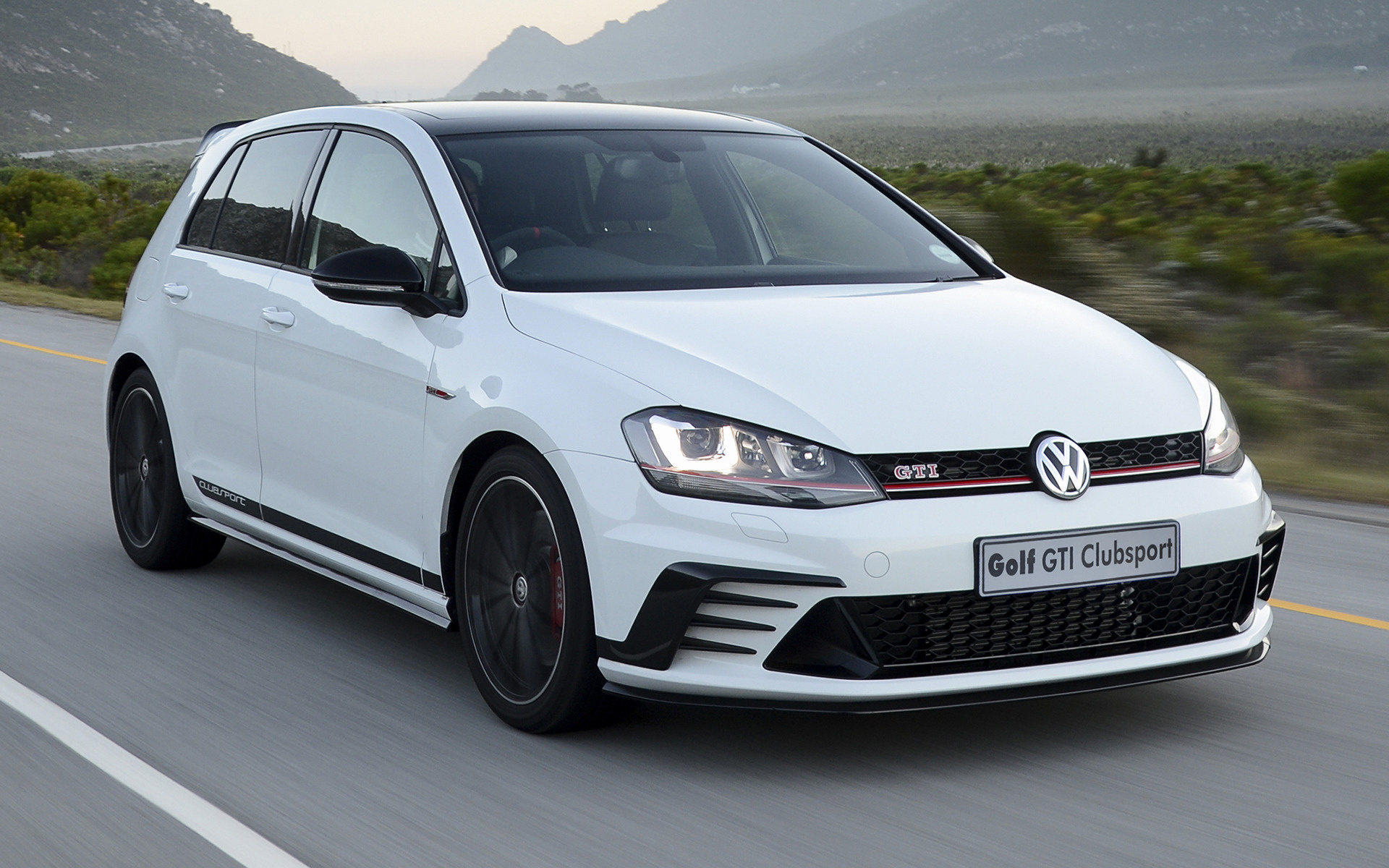 2016 volkswagen golf gti clubsport 5 door za. Black Bedroom Furniture Sets. Home Design Ideas
