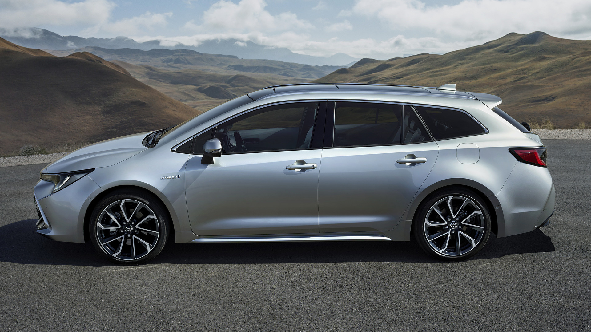 2019 Toyota Corolla Touring Sports Hybrid - Wallpapers and HD Images | Car Pixel