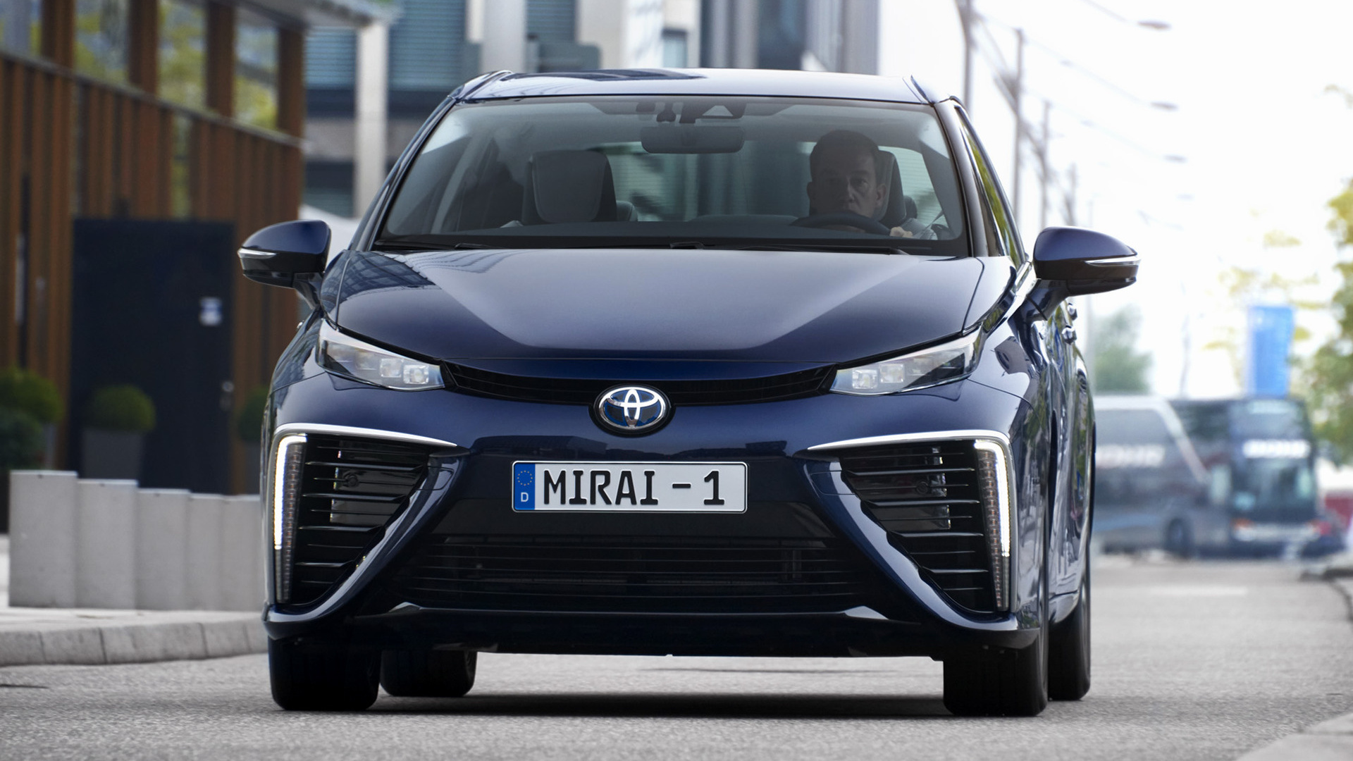 toyota mirai 2015 wallpapers and hd images car pixel. Black Bedroom Furniture Sets. Home Design Ideas