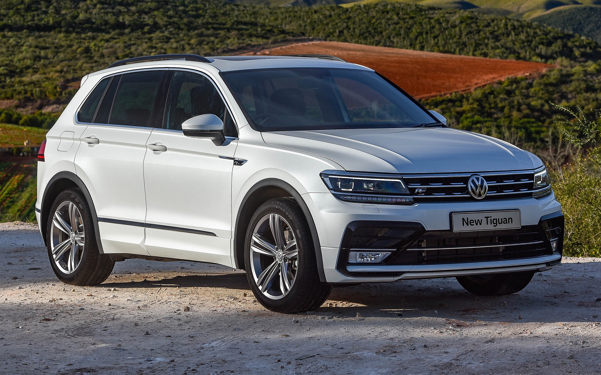 volkswagen tiguan r line 2016 za wallpapers and hd images car pixel. Black Bedroom Furniture Sets. Home Design Ideas