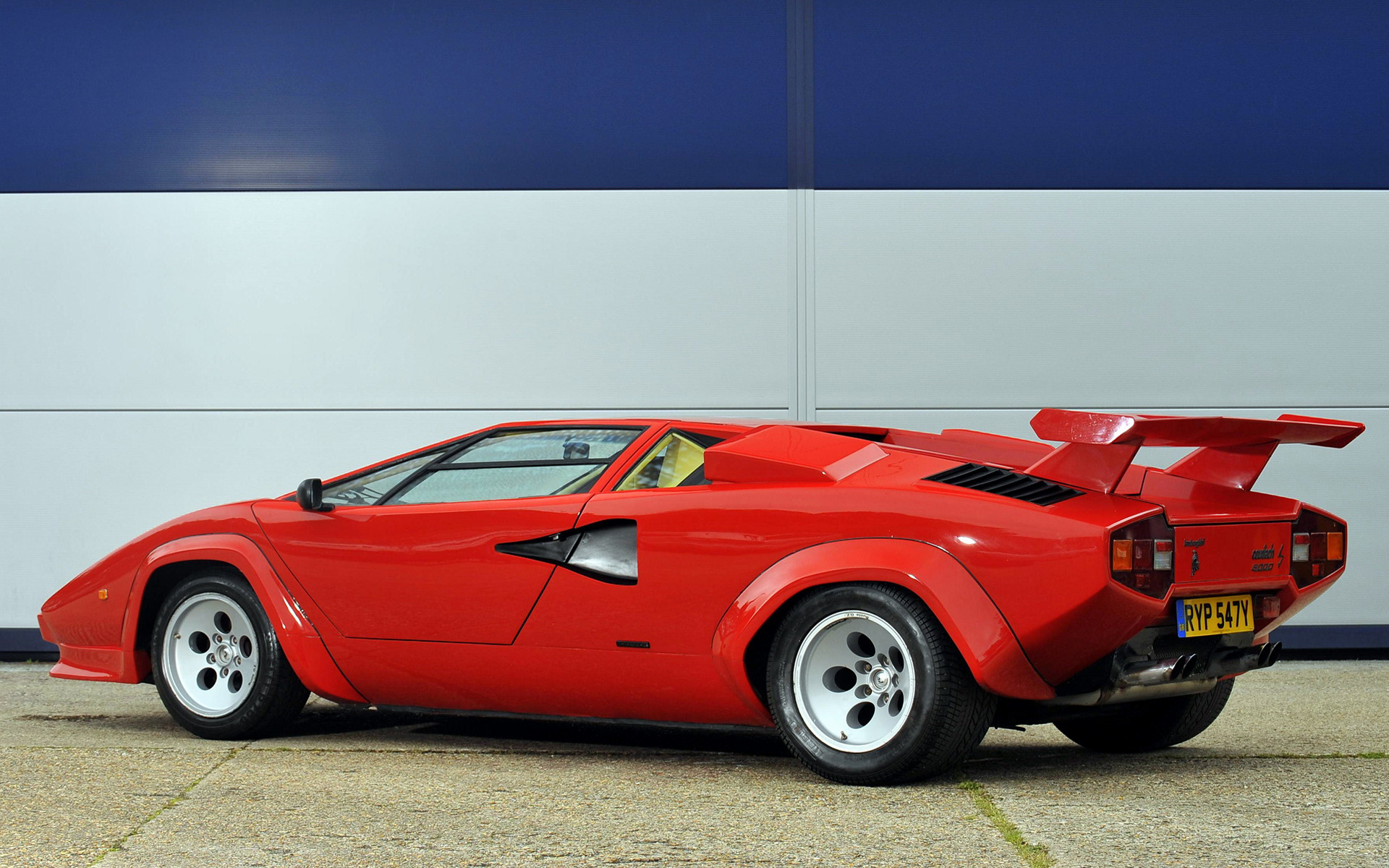 Lamborghini Countach Lp500 S 1982 Uk Wallpapers And Hd Images Car Pixel