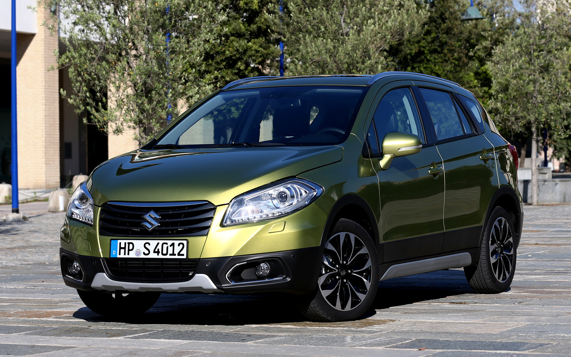 suzuki sx4 s cross 2013 wallpapers and hd images car pixel. Black Bedroom Furniture Sets. Home Design Ideas