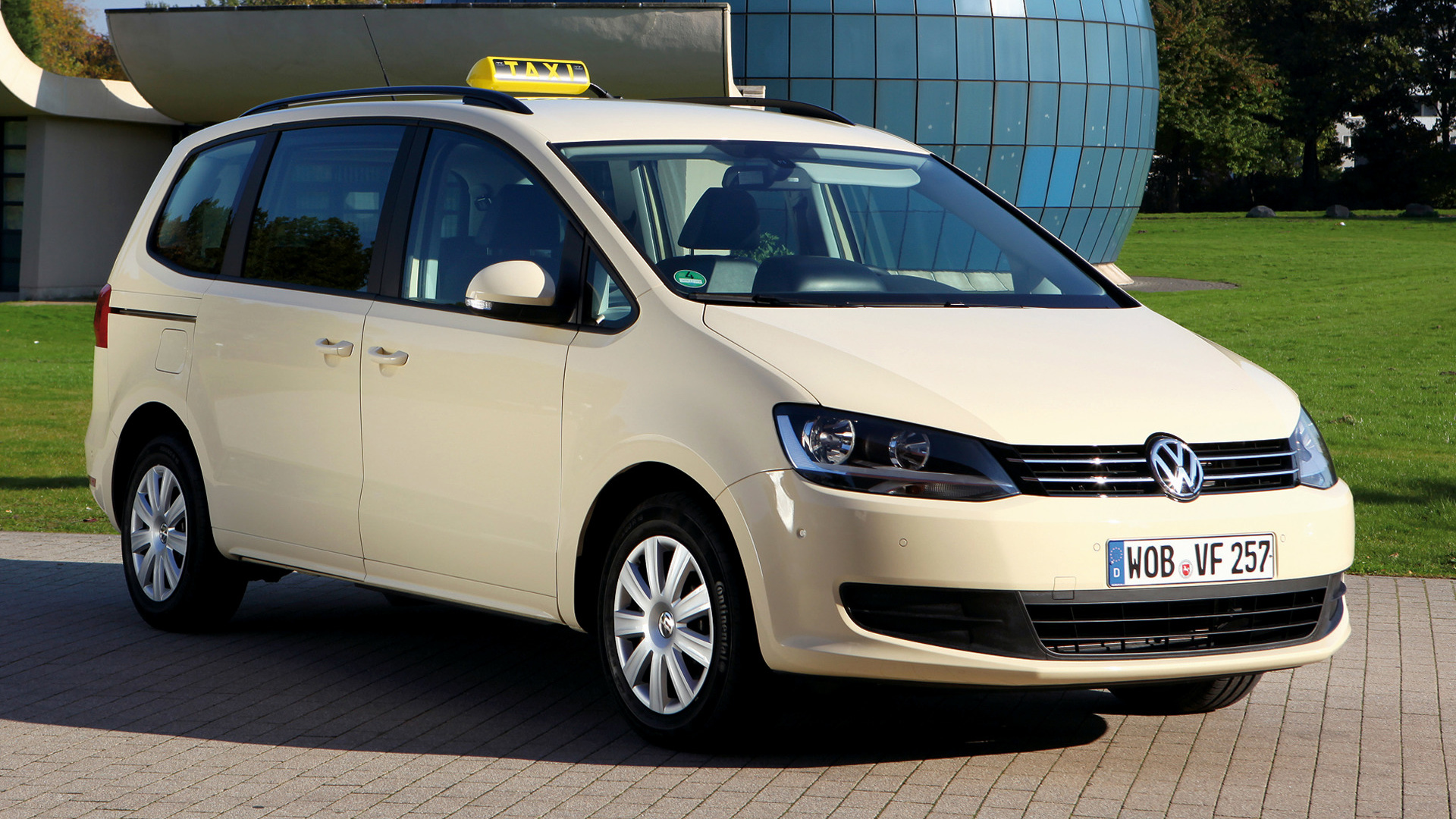 volkswagen sharan taxi 2010 wallpapers and hd images car pixel. Black Bedroom Furniture Sets. Home Design Ideas