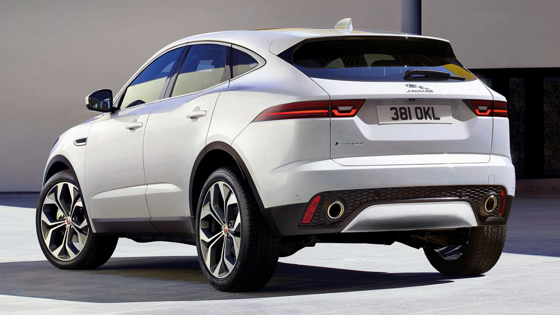 2017 jaguar e pace wallpapers and hd images car pixel. Black Bedroom Furniture Sets. Home Design Ideas