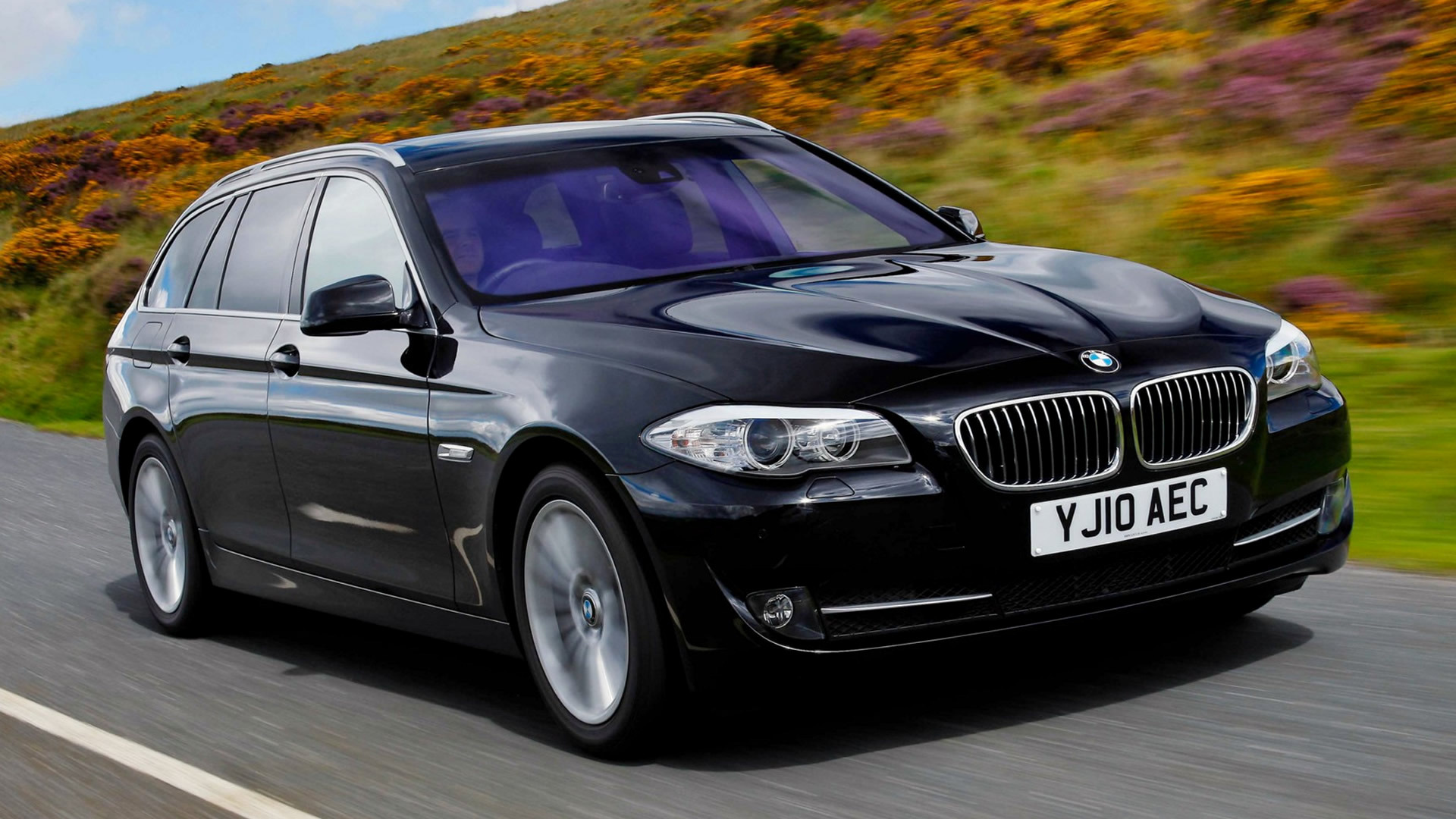 2010 Bmw 5 Series Touring Uk Wallpapers And Hd Images Car Pixel