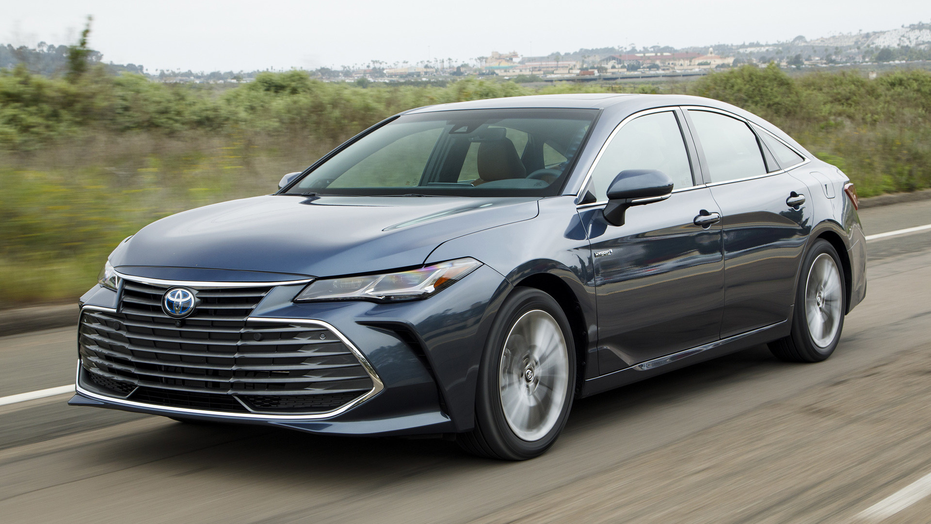 2019 toyota avalon hybrid wallpapers and hd images car. Black Bedroom Furniture Sets. Home Design Ideas