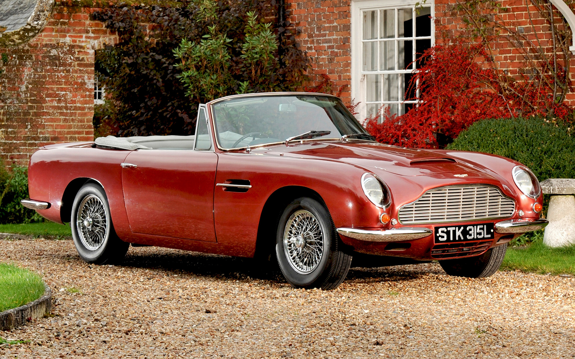 aston martin db6 volante 1965 uk wallpapers and hd images car pixel. Black Bedroom Furniture Sets. Home Design Ideas